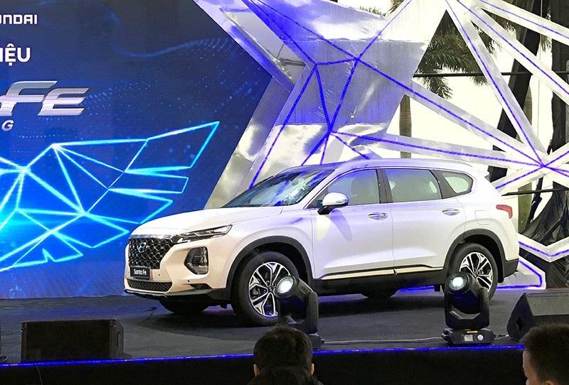 Hyundai Santa Fe 2019 chính thức ra mắt, giá từ 995 triệu đồng - Ảnh 12.