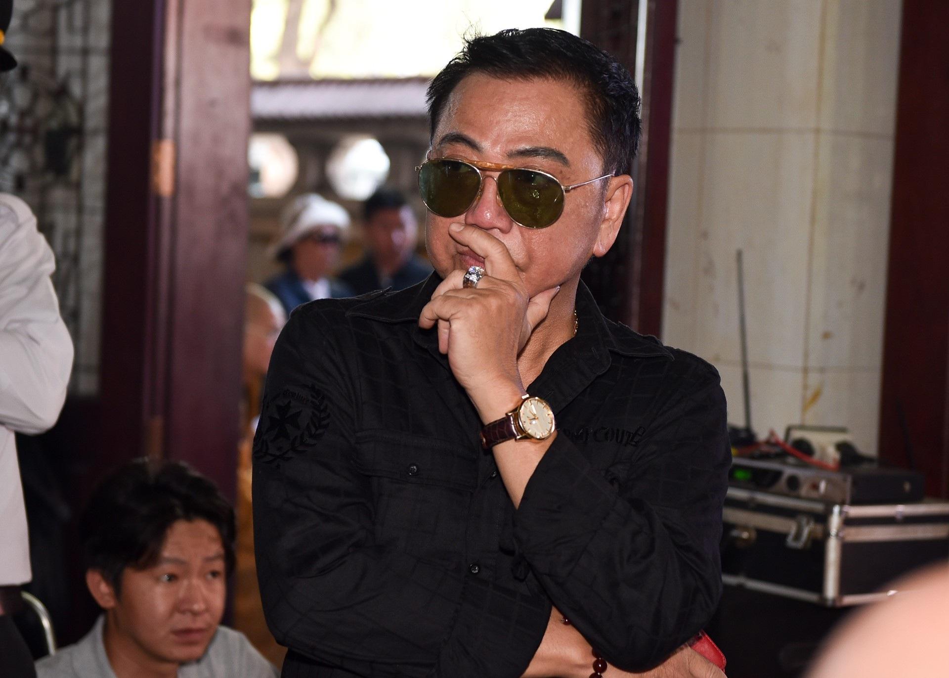 Nghệ sĩ Việt lặng lẽ đưa tiễn diễn viên Mạnh Tràng - Ảnh 7.