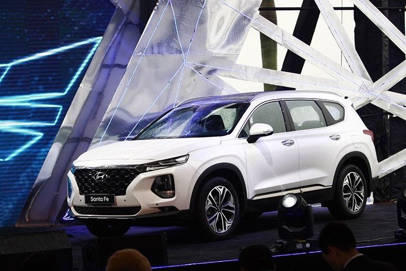 Hyundai Santa Fe 2019 chính thức ra mắt, giá từ 995 triệu đồng - Ảnh 11.