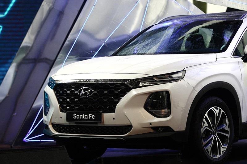 Hyundai Santa Fe 2019 chính thức ra mắt, giá từ 995 triệu đồng - Ảnh 5.