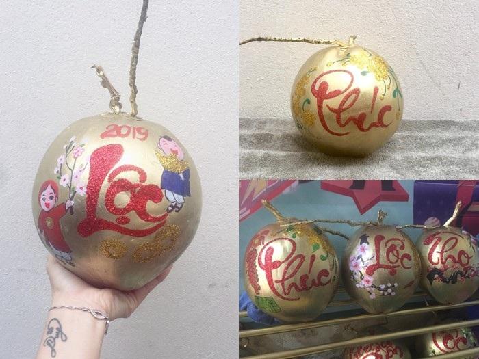 Dừa vàng khắc thư pháp: Hàng độc chơi Tết, dân buôn bán nghìn quả - Ảnh 3.