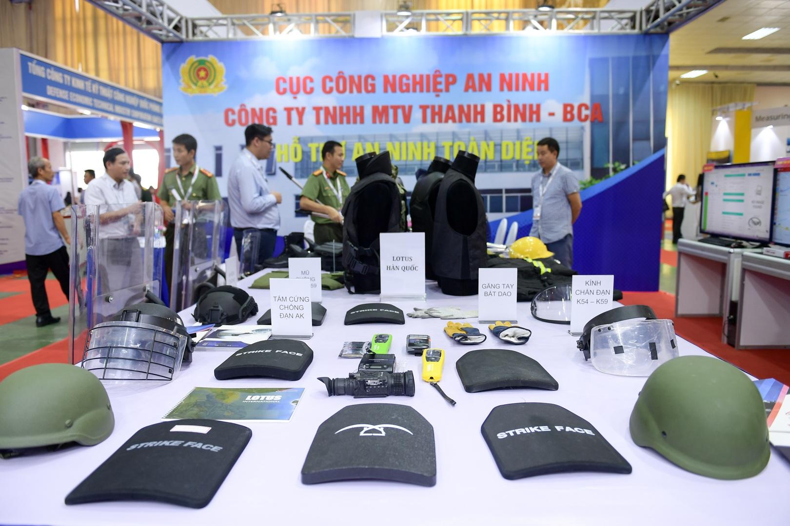 Ngắm những vũ khí tối tân tại Triển lãm Quốc phòng và An ninh Việt Nam 2019 - 1