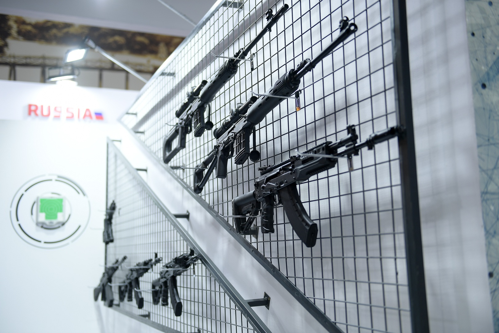 Ngắm những vũ khí tối tân tại Triển lãm Quốc phòng và An ninh Việt Nam 2019 - 9