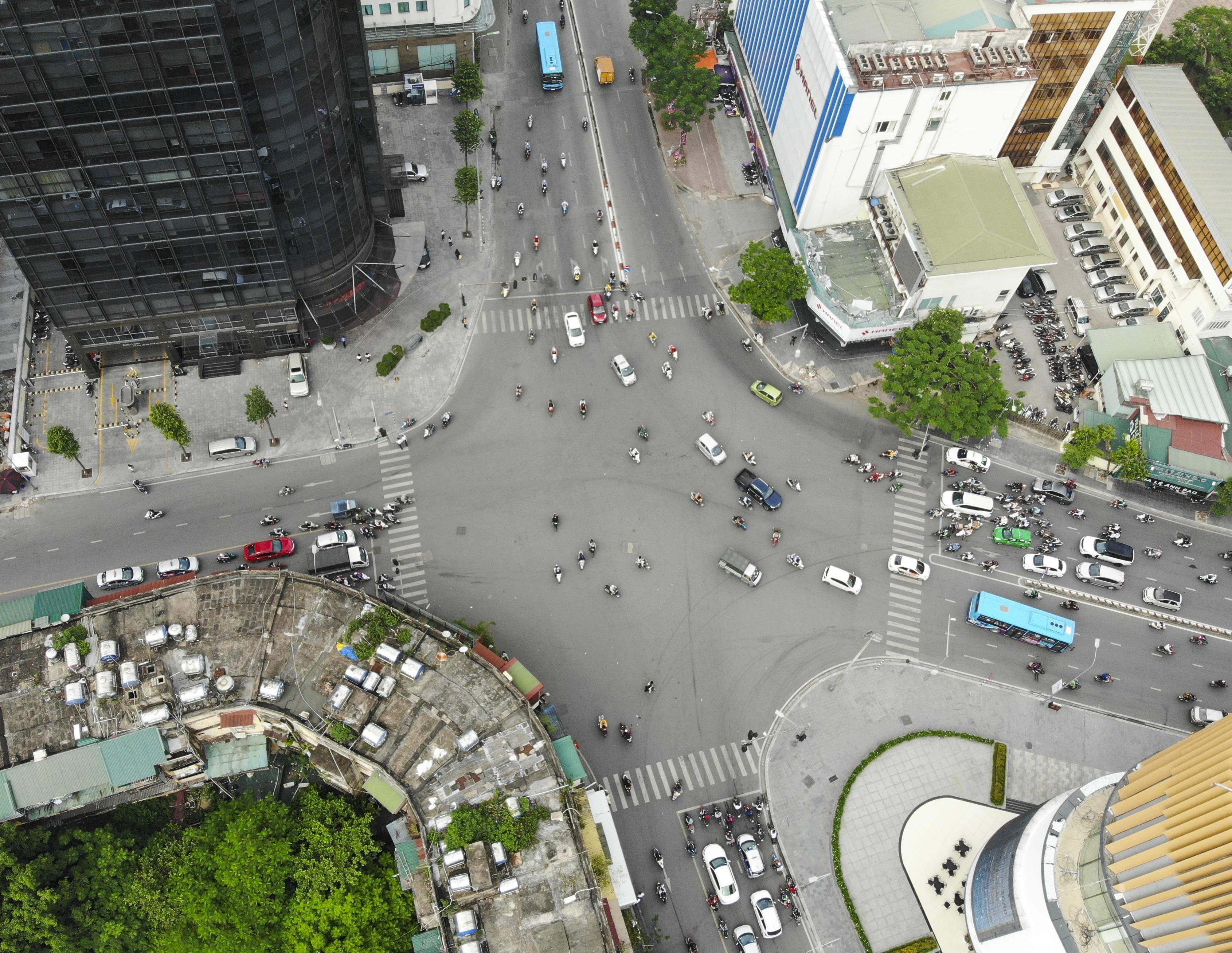Điểm mặt 4 công trình trọng điểm giải cứu ùn tắc giao thông ở Hà Nội - 15