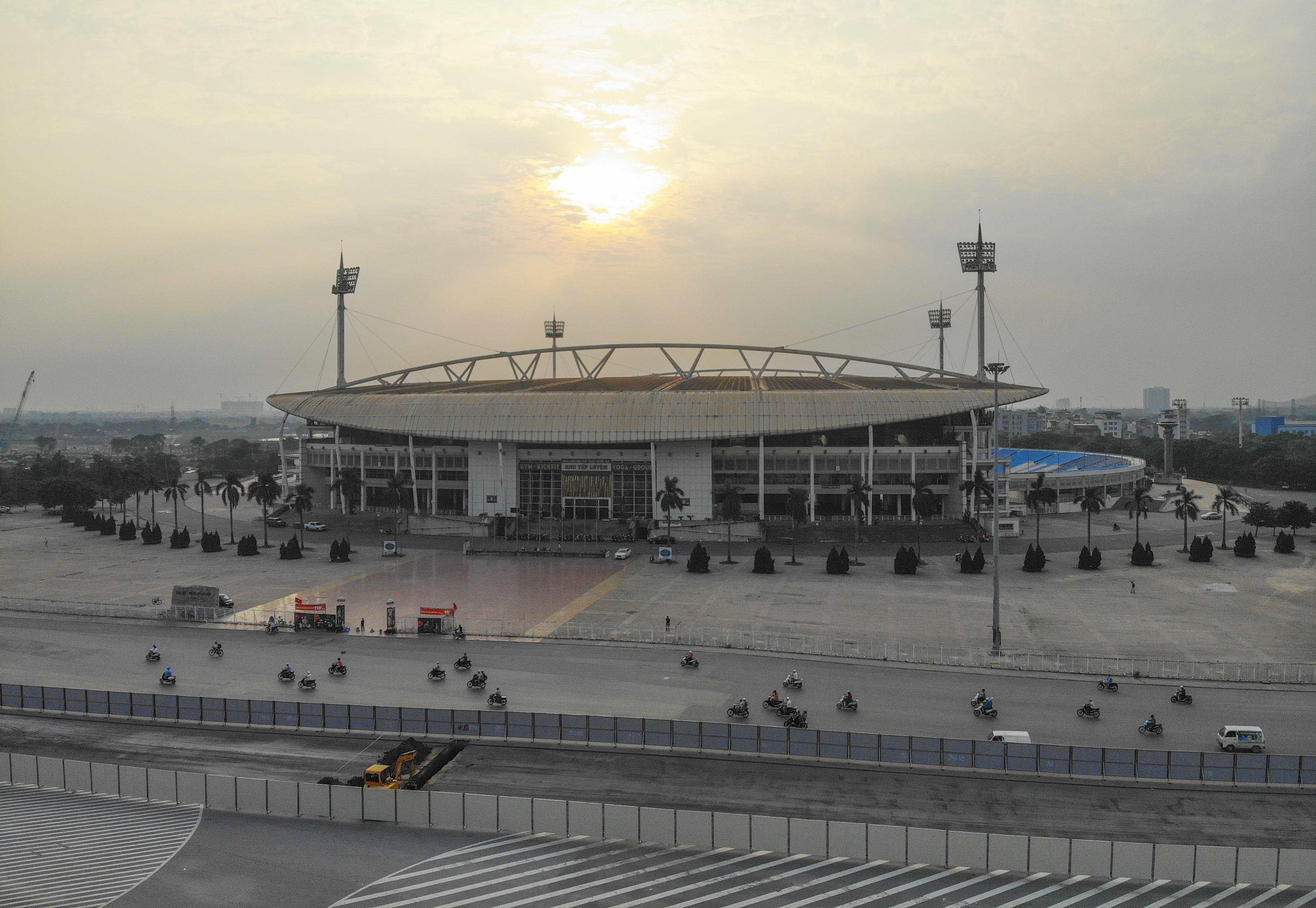 Hà Nội: Bắt đầu rào chắn thêm nhiều tuyến phố để thi công đường đua F1 - 14