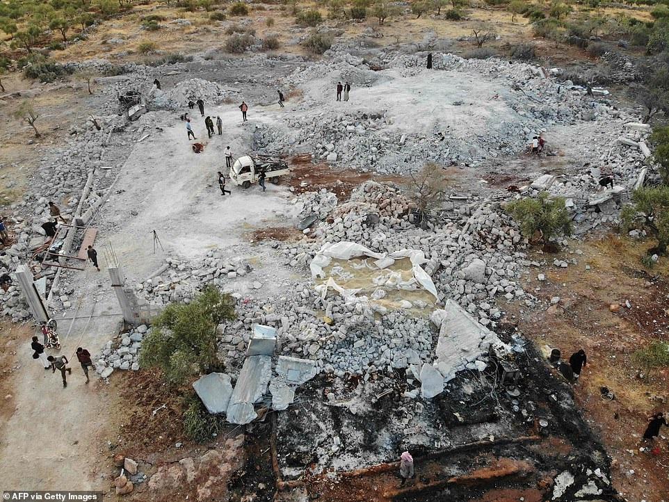 Hang ổ của thủ lĩnh IS bị san phẳng trong cuộc đột kích của Mỹ - 7