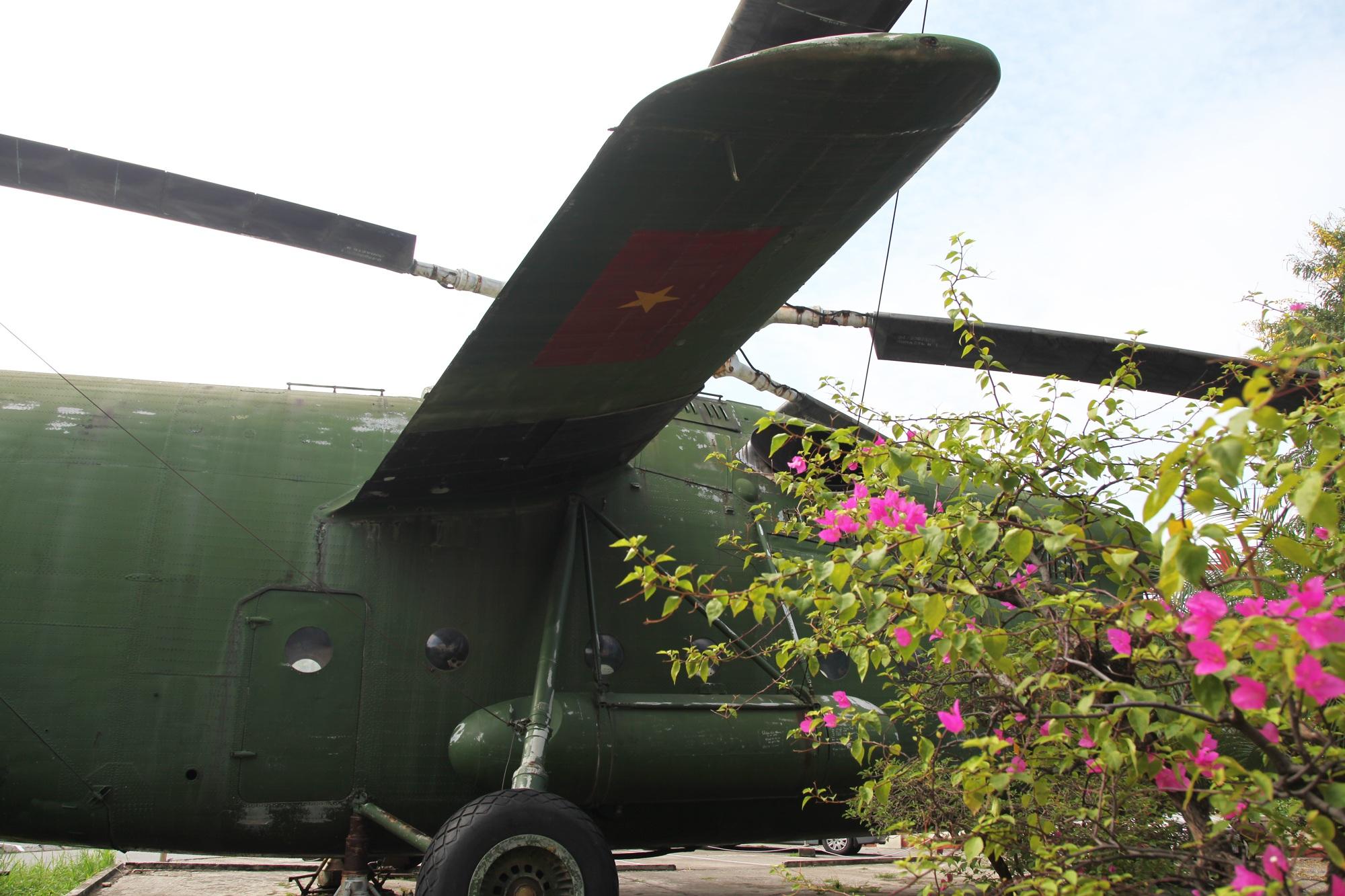 Cận cảnh trực thăng khổng lồ huyền thoại của Không quân Việt Nam - 8