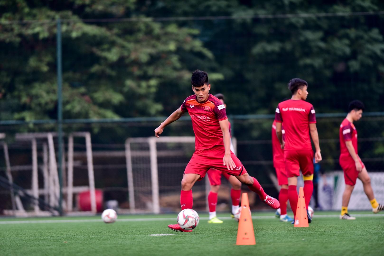 Đình Trọng báo tin vui cho thầy Park, chính thức tập luyện cùng U22 Việt Nam - 14