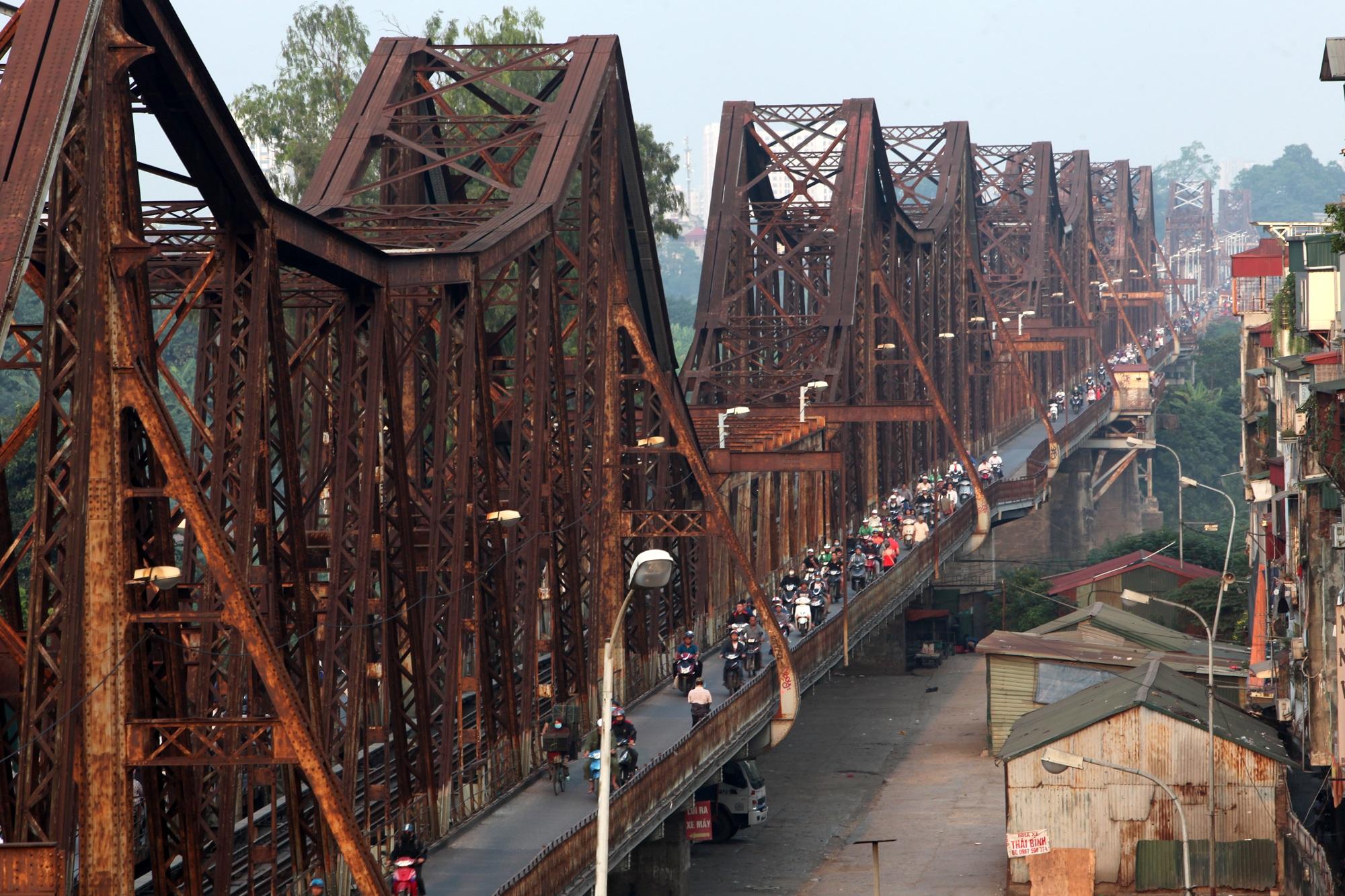 Toàn cảnh 6 cây cầu huyết mạch bắc qua sông Hồng - 5