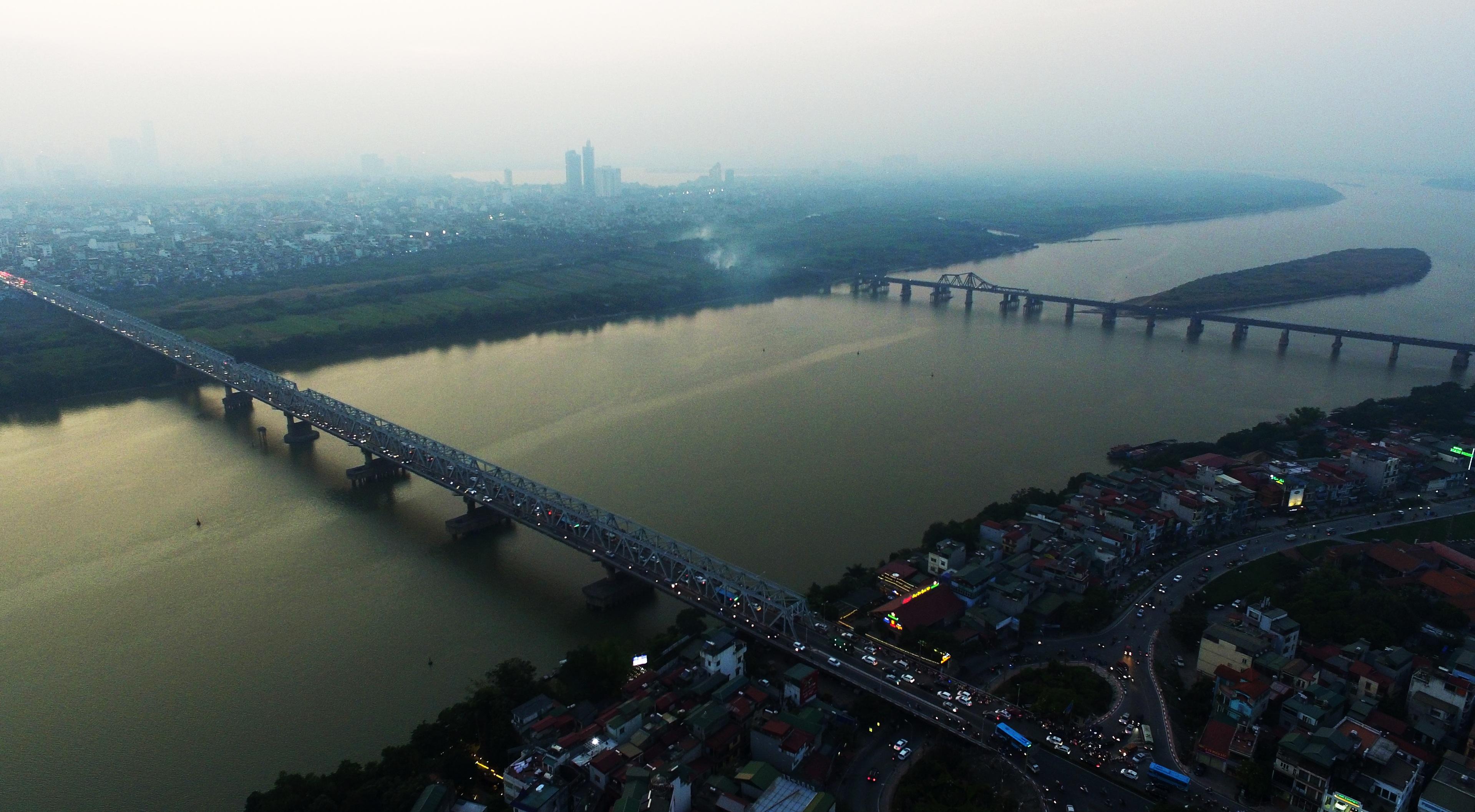 Toàn cảnh 6 cây cầu huyết mạch bắc qua sông Hồng - 9