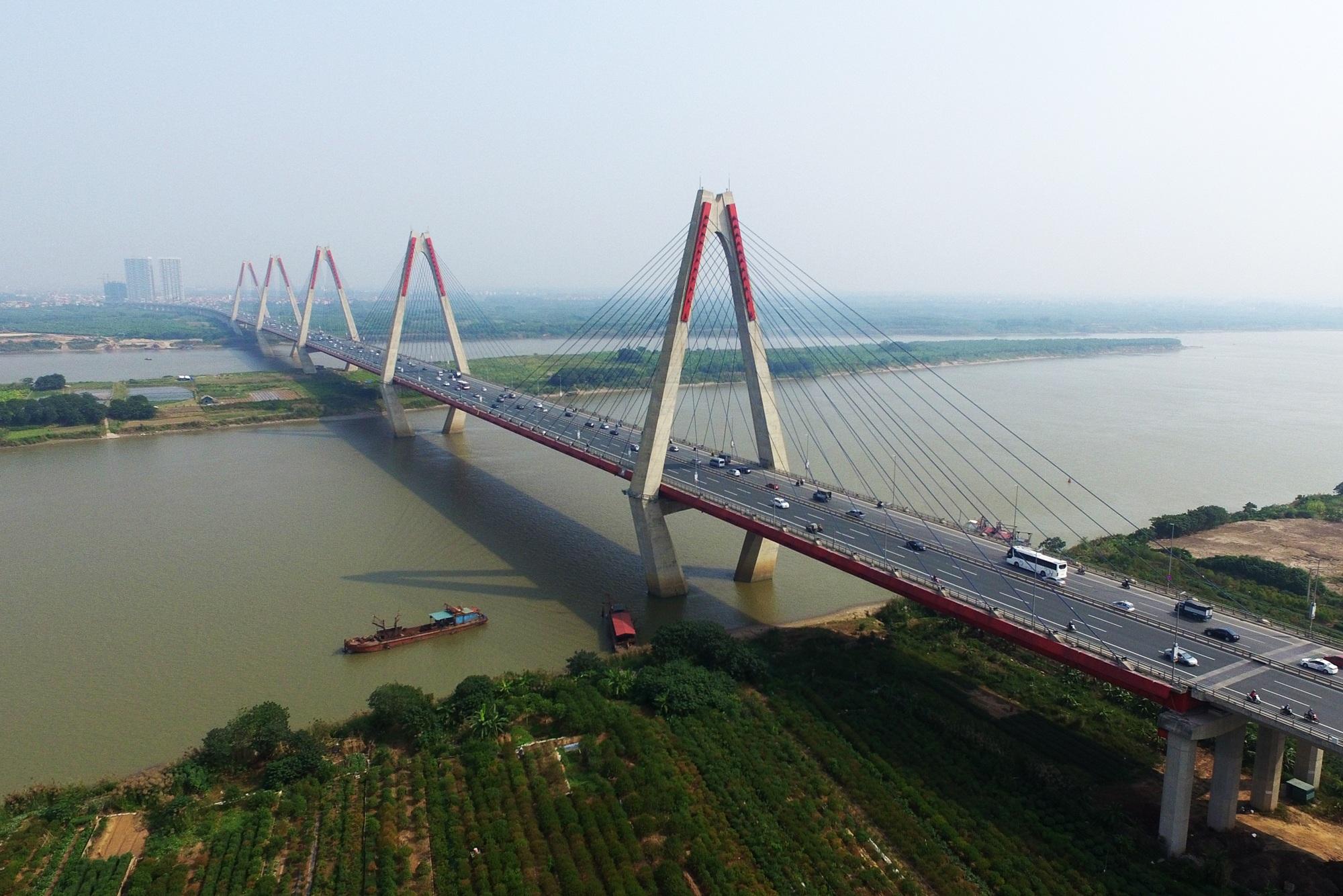 Toàn cảnh 6 cây cầu huyết mạch bắc qua sông Hồng - 18