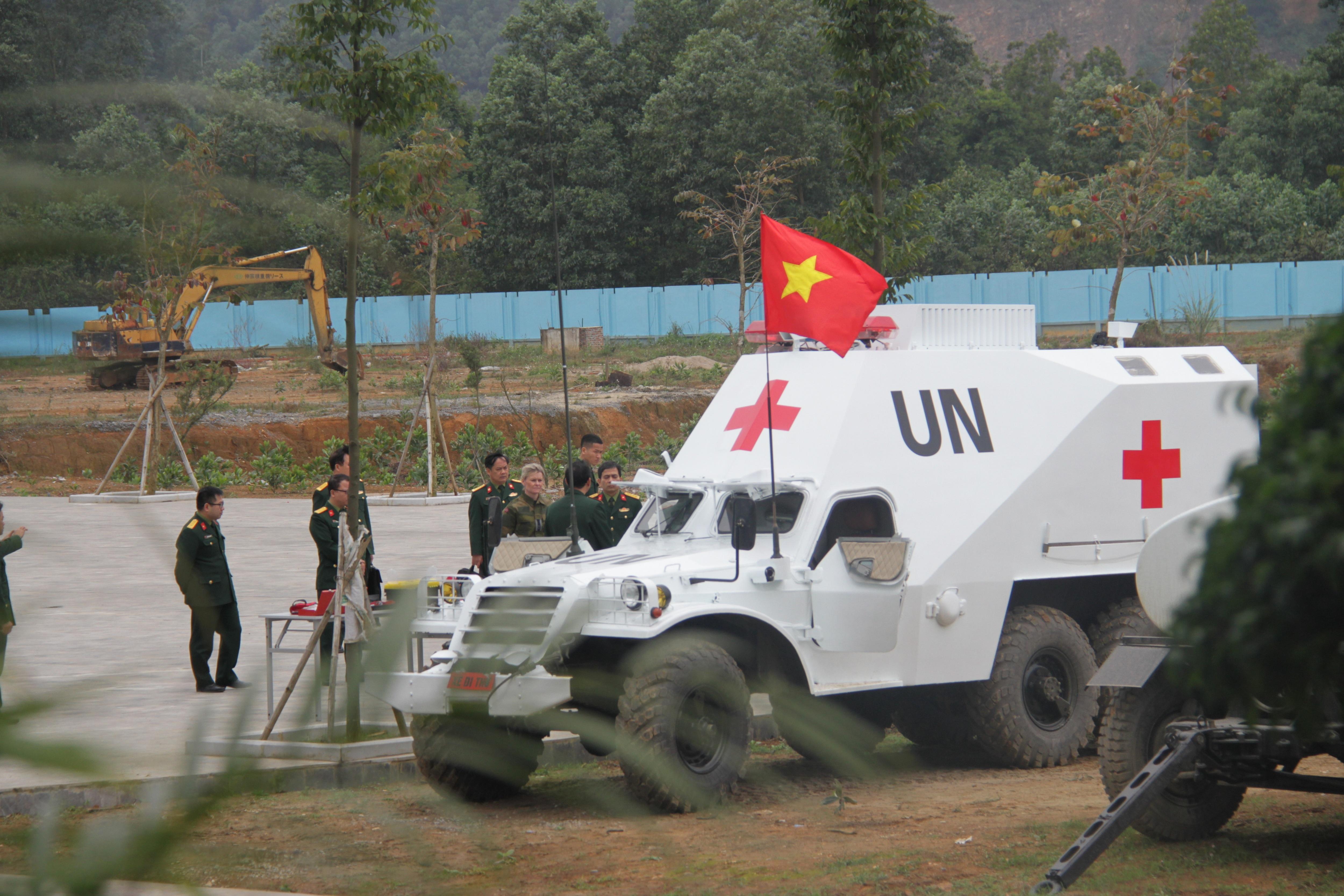 Độc đáo với giải pháp tiết kiệm hàng triệu USD từ việc cải hoán xe thiết giáp bánh lốp BTR-152 - 3