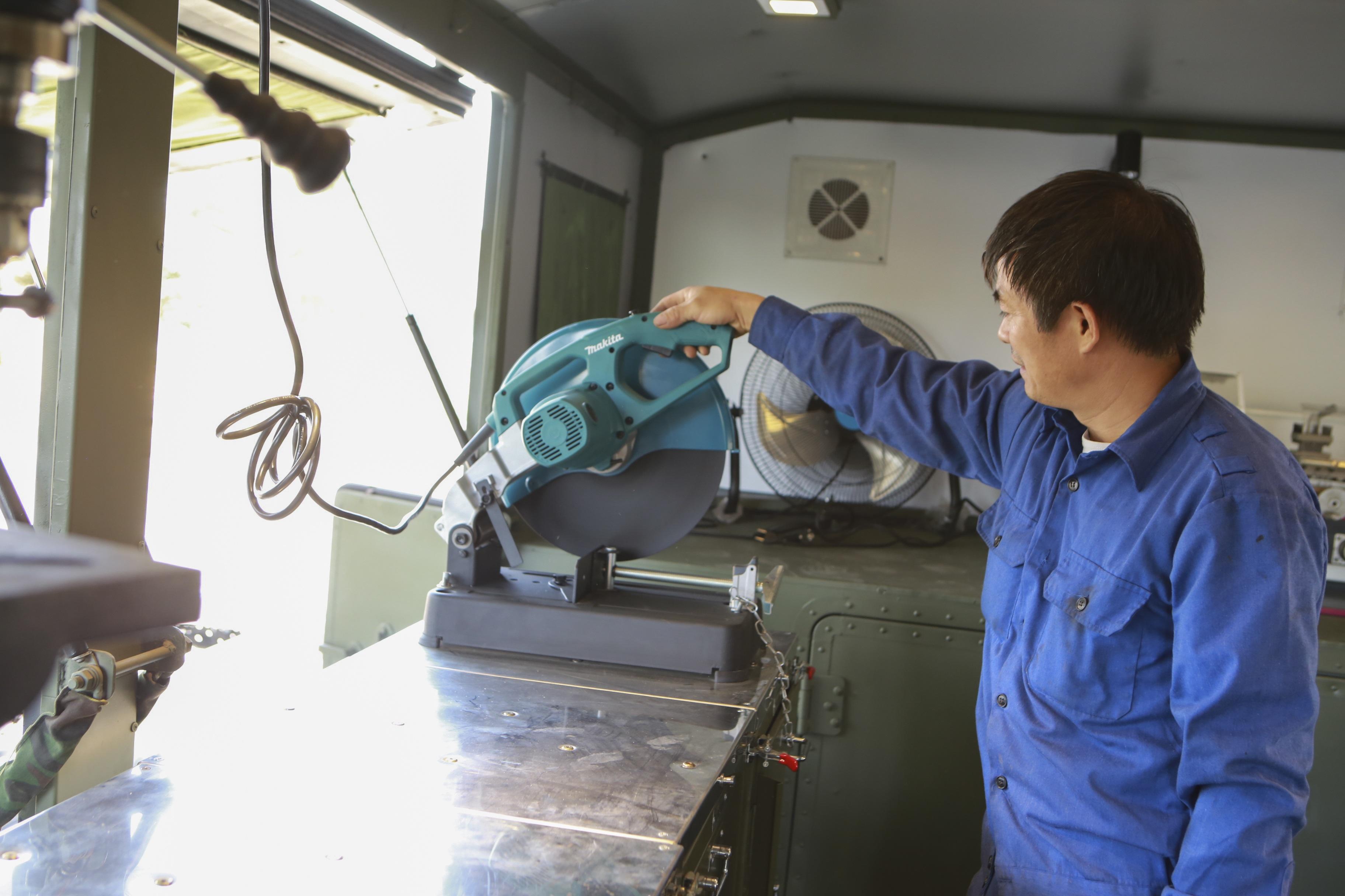 Khám phá xe công trình sửa chữa cơ khí tổng hợp của Quân đội Nhân dân Việt Nam - 4