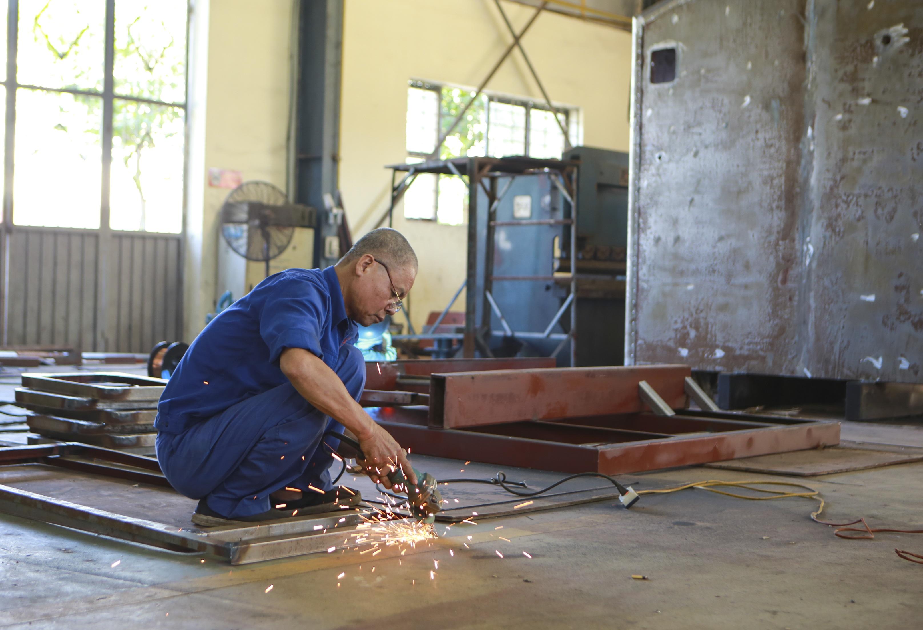 Khám phá xe công trình sửa chữa cơ khí tổng hợp của Quân đội Nhân dân Việt Nam - 10