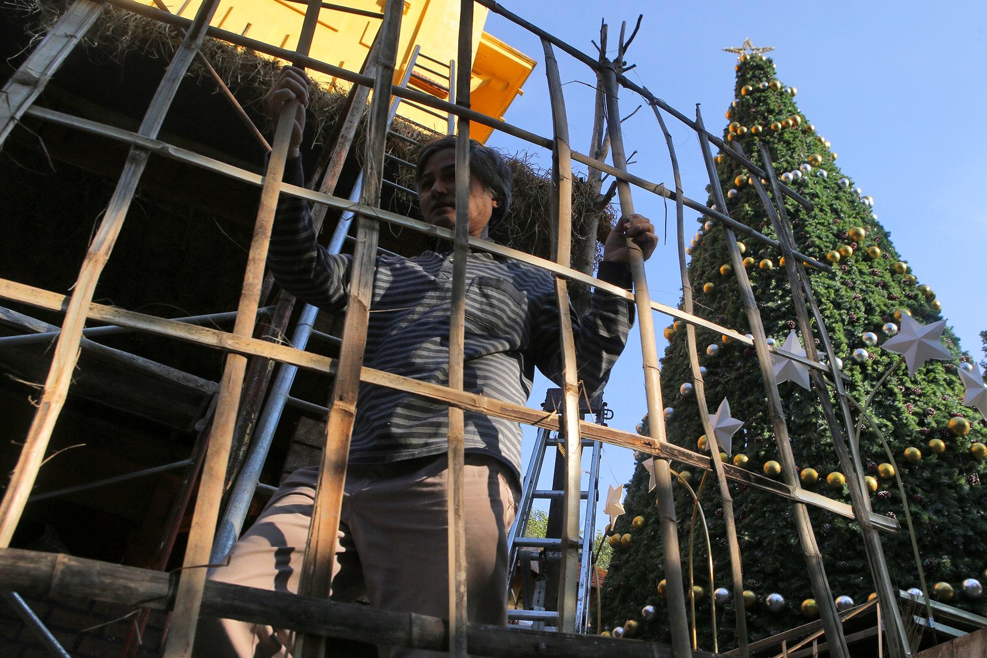 Các nhà thờ ở Hà Nội trang hoàng đón Noel 2019 - 6
