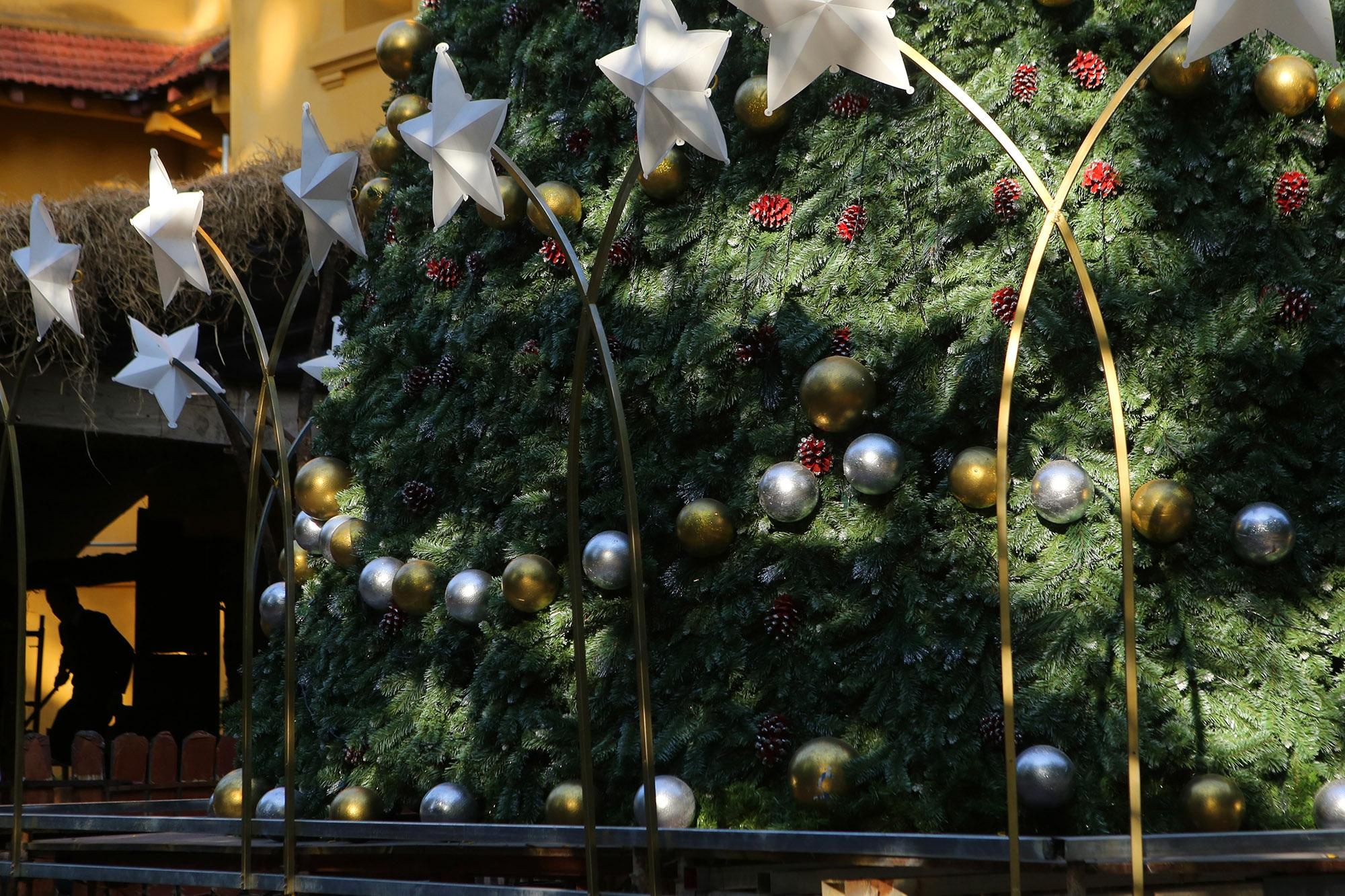 Các nhà thờ ở Hà Nội trang hoàng đón Noel 2019 - 8