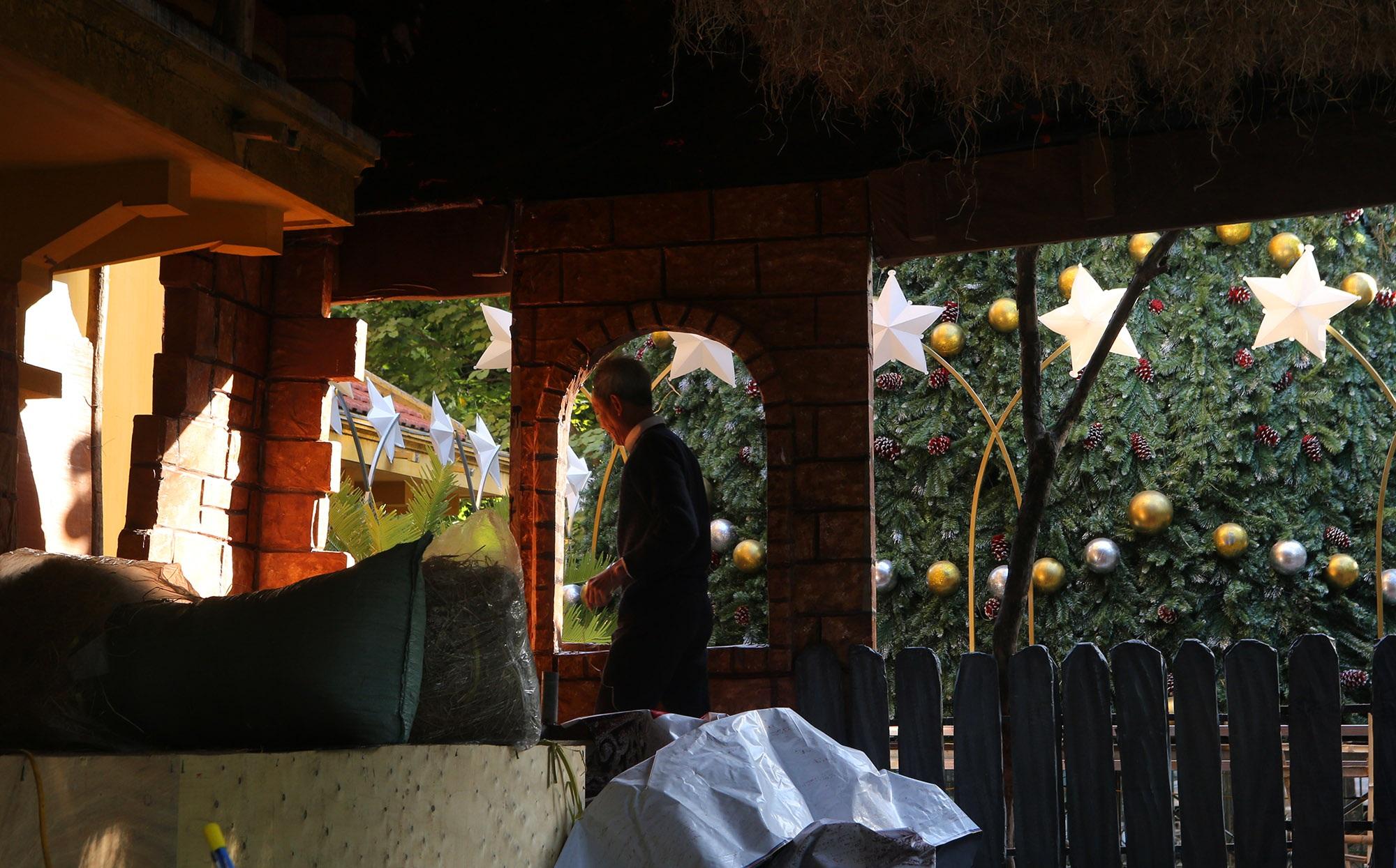 Các nhà thờ ở Hà Nội trang hoàng đón Noel 2019 - 9