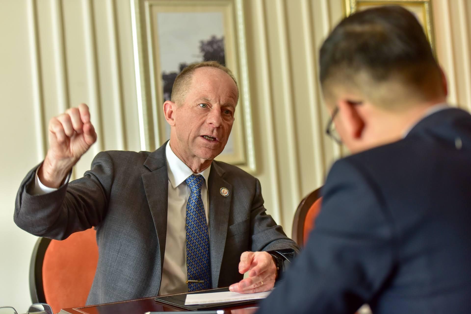Trợ lý Ngoại trưởng Mỹ: Mỹ ủng hộ Việt Nam nắm giữ các vai trò lãnh đạo toàn cầu - 2