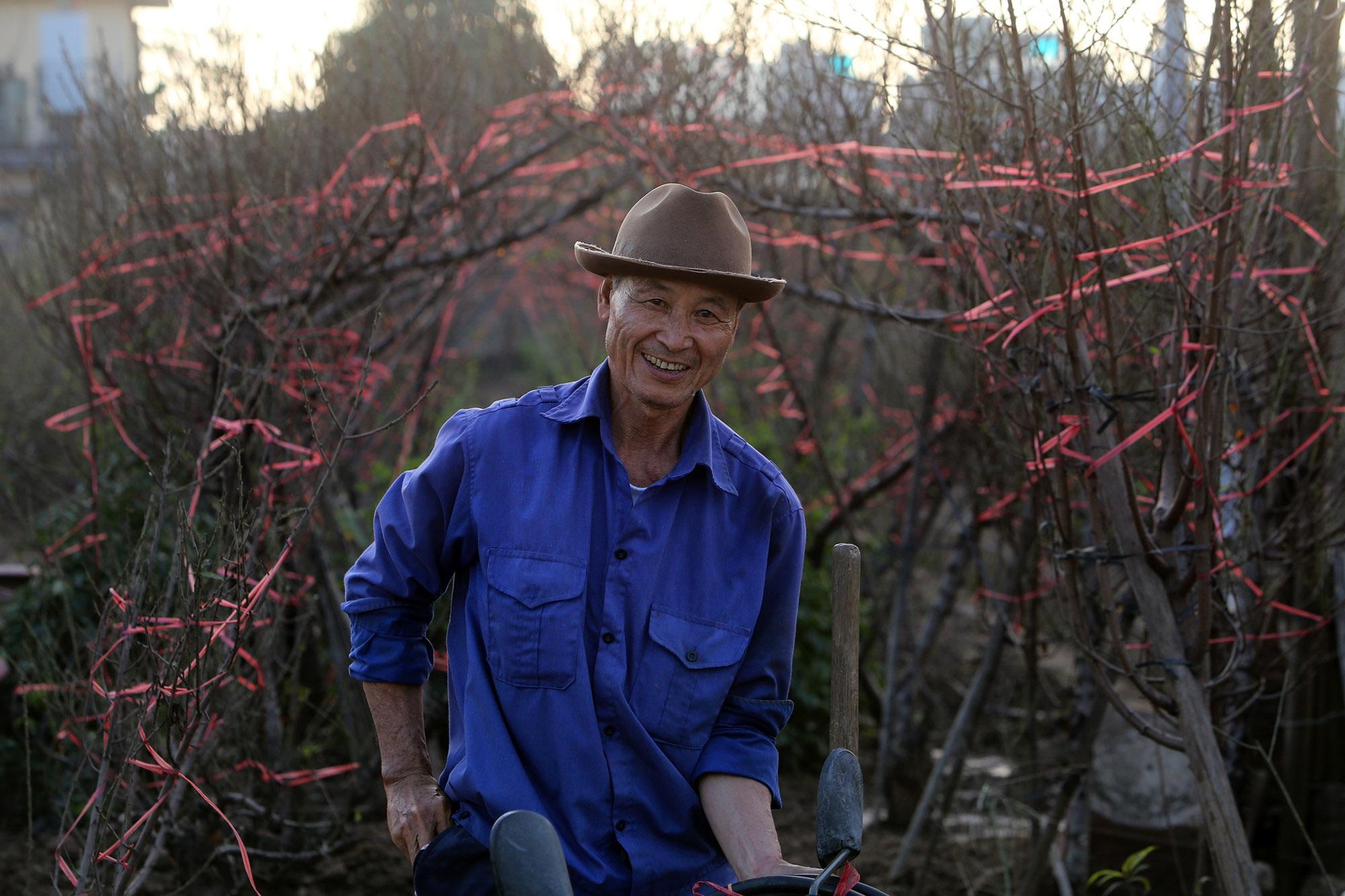 Hoa đào nở sớm khoe sắc đỏ rực vườn đào Nhật Tân - 6