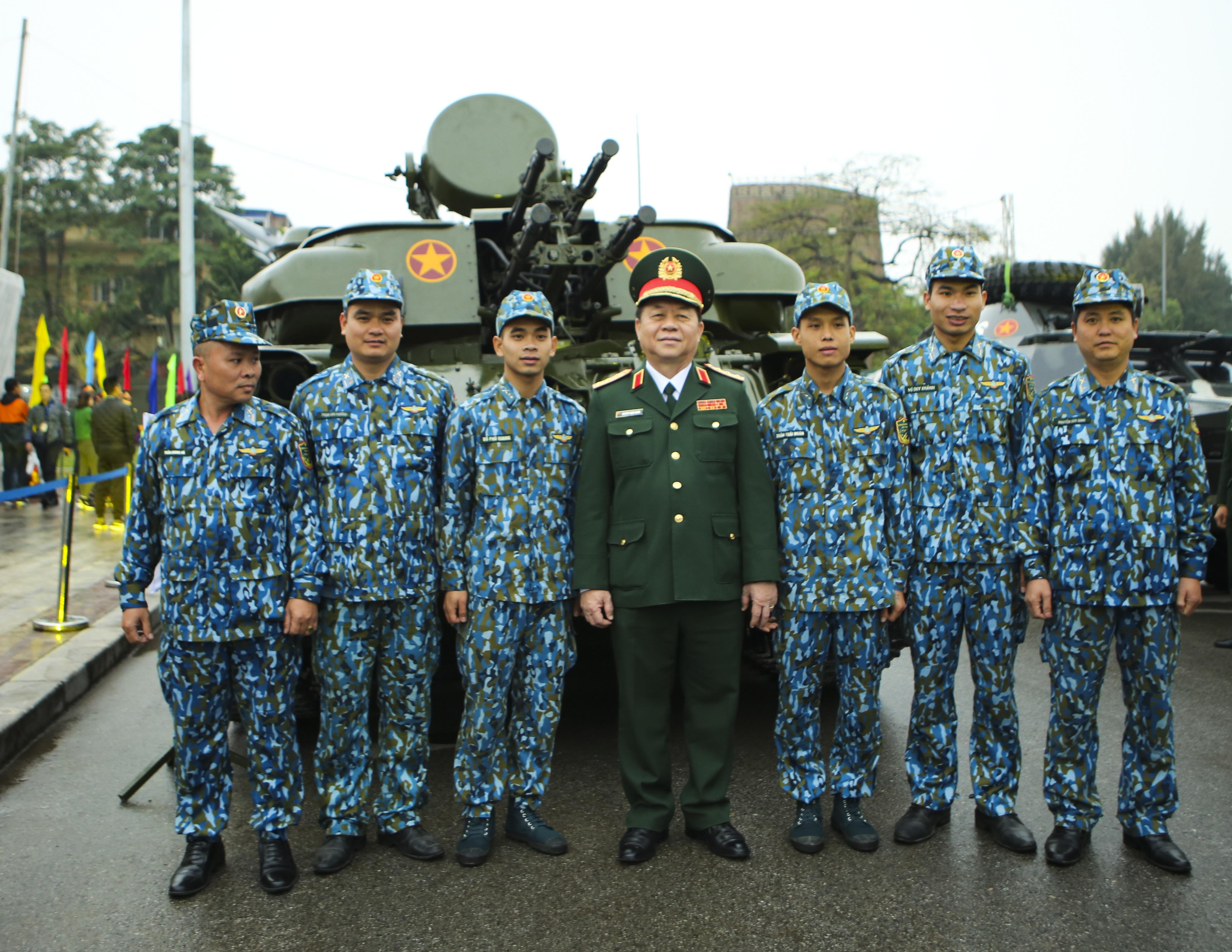 Hàng loạt vũ khí tối tân được Bộ Quốc phòng trưng bày tại Thái Nguyên - 9