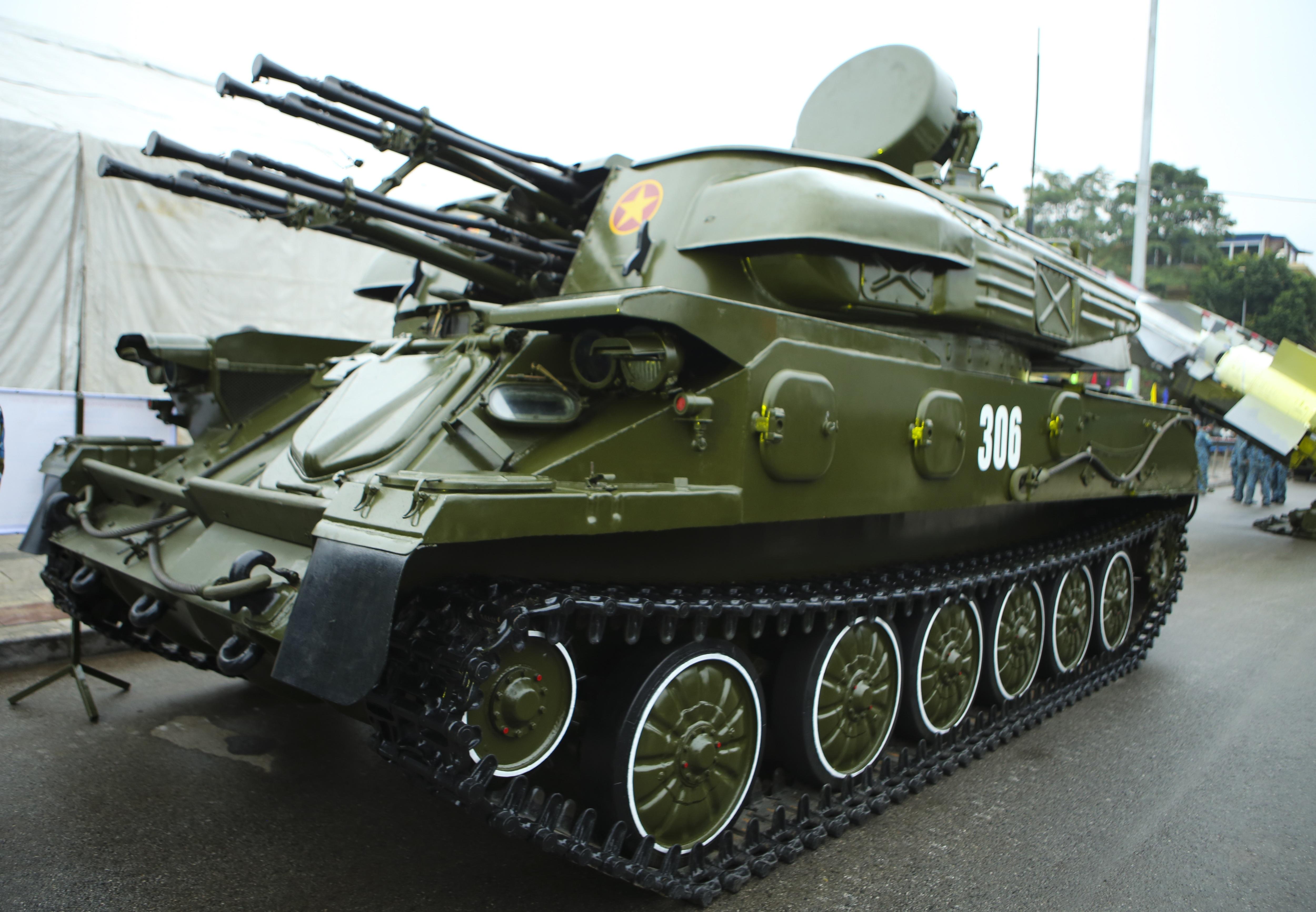 Hàng loạt vũ khí tối tân được Bộ Quốc phòng trưng bày tại Thái Nguyên - 10