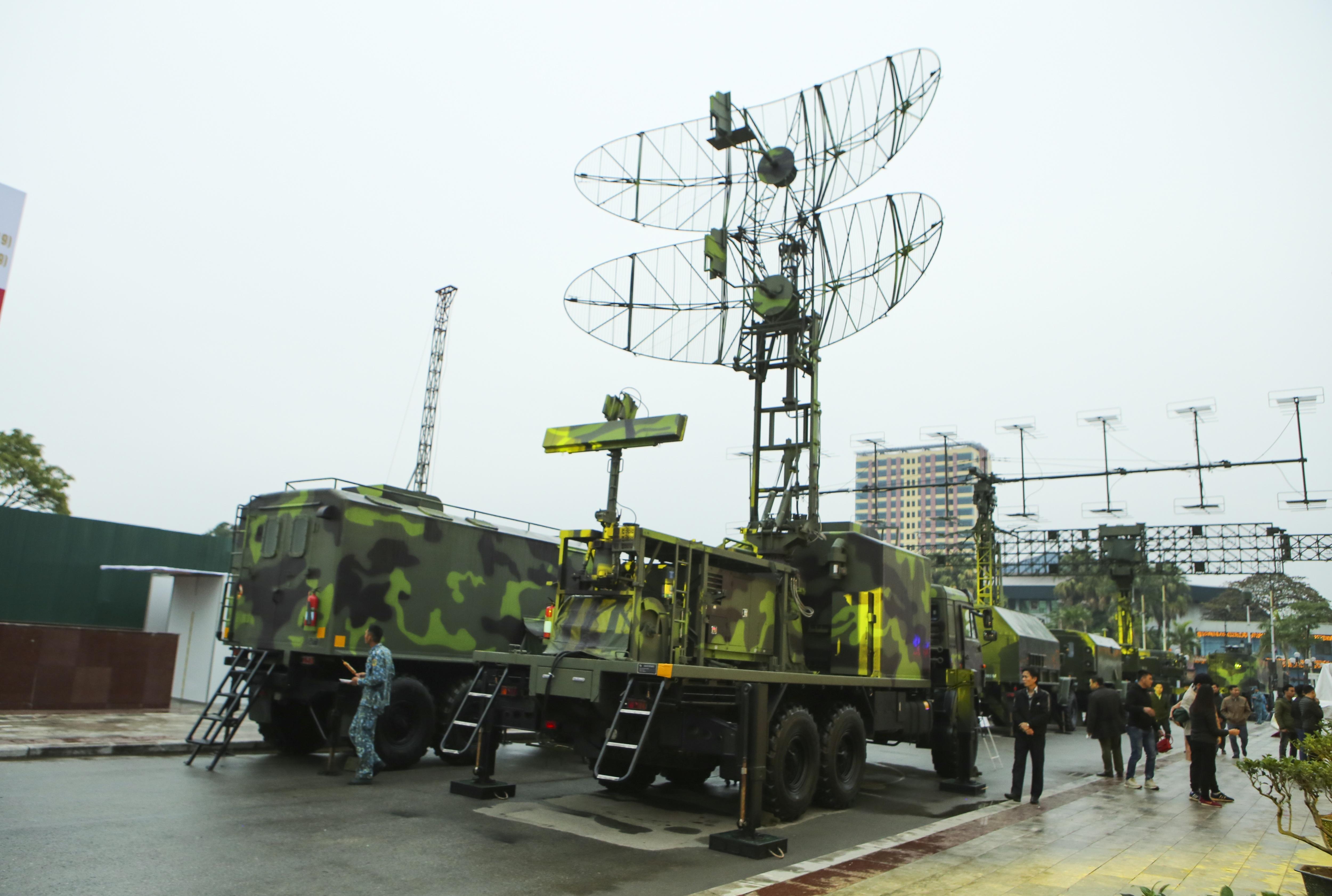 Cận cảnh dàn radar chống mục tiêu tàng hình tối tân của Quân đội Nhân dân Việt Nam - 8