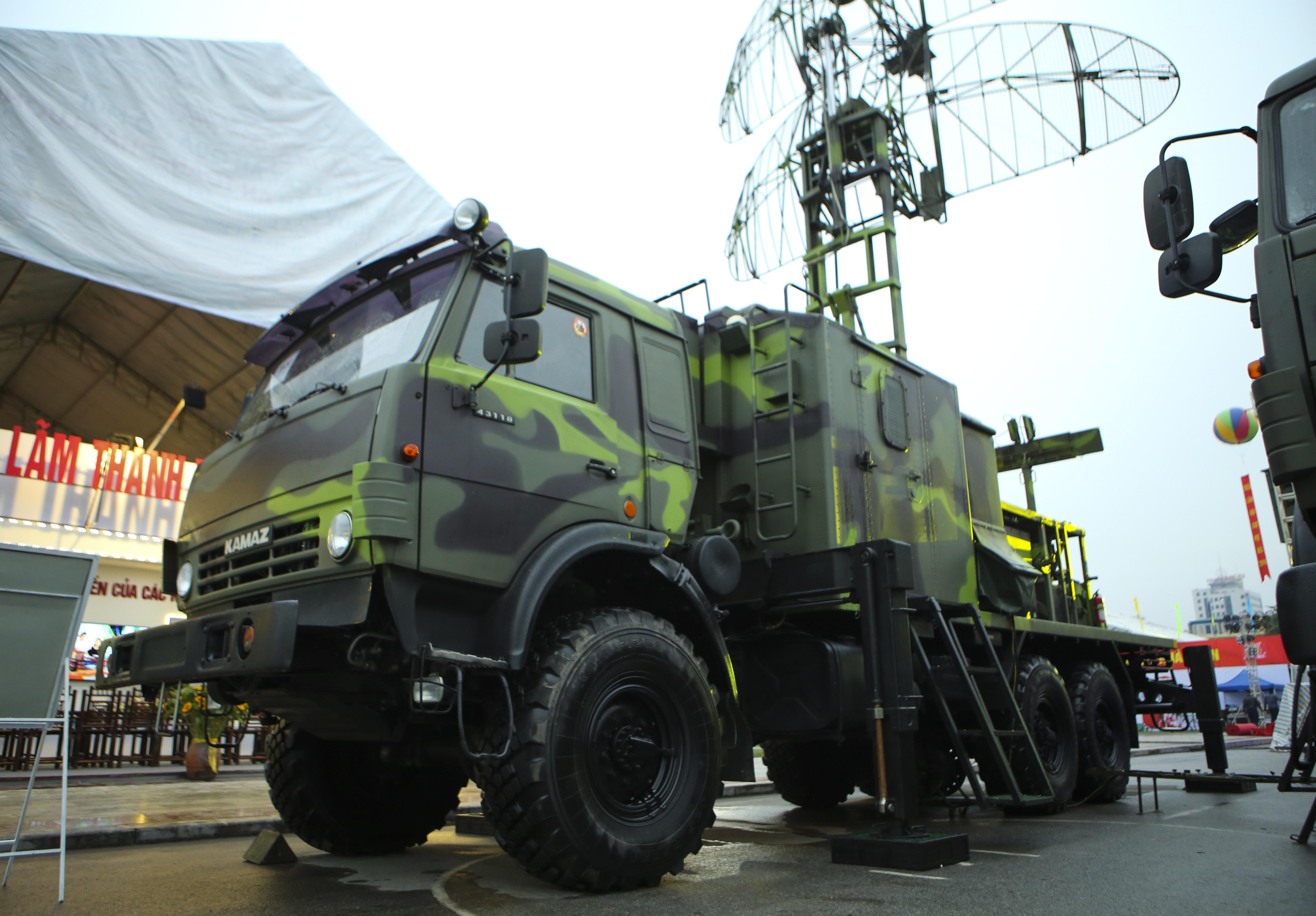 Cận cảnh dàn radar chống mục tiêu tàng hình tối tân của Quân đội Nhân dân Việt Nam - 11