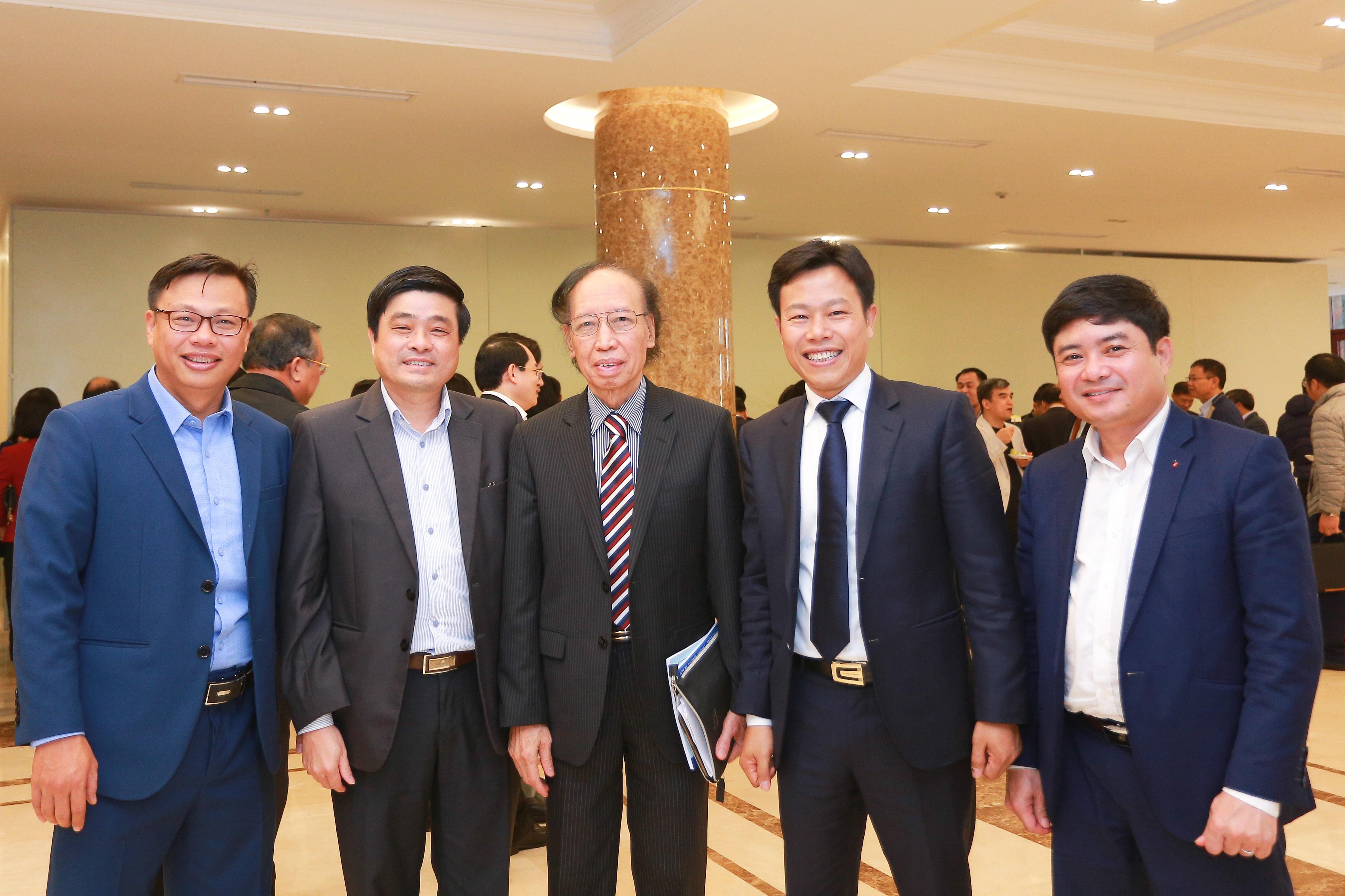 Bộ trưởng Đào Ngọc Dung: Cả nước tạo việc làm cho hơn 1,6 triệu lao động - 5