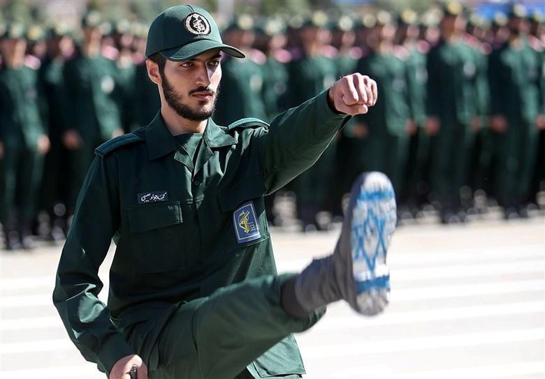 Sức mạnh không thể xem thường của Vệ binh Cách mạng Iran - 4