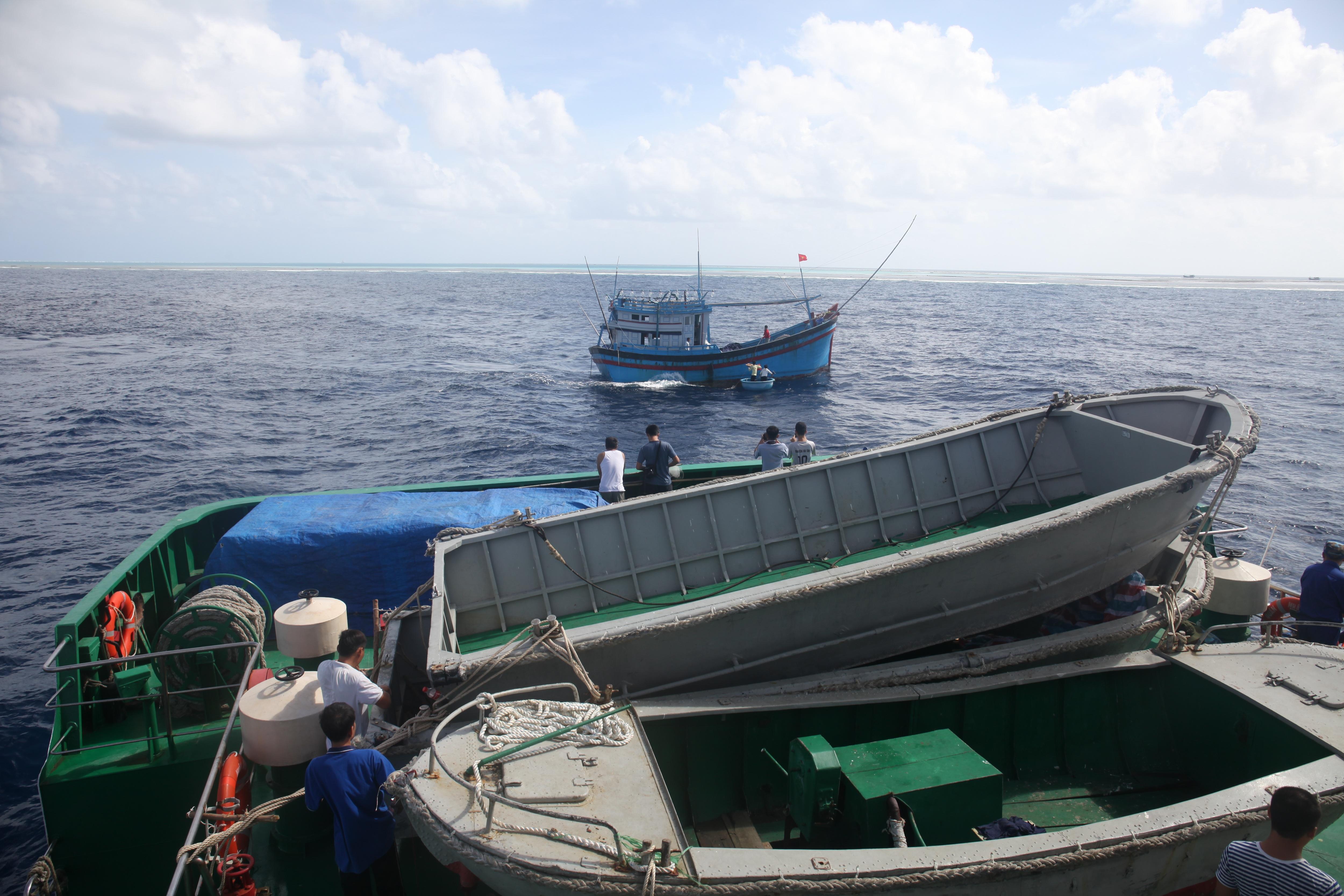 Điểm tựa cho ngư dân bám biển, gìn giữ máu thịt của đất mẹ Việt Nam - 2