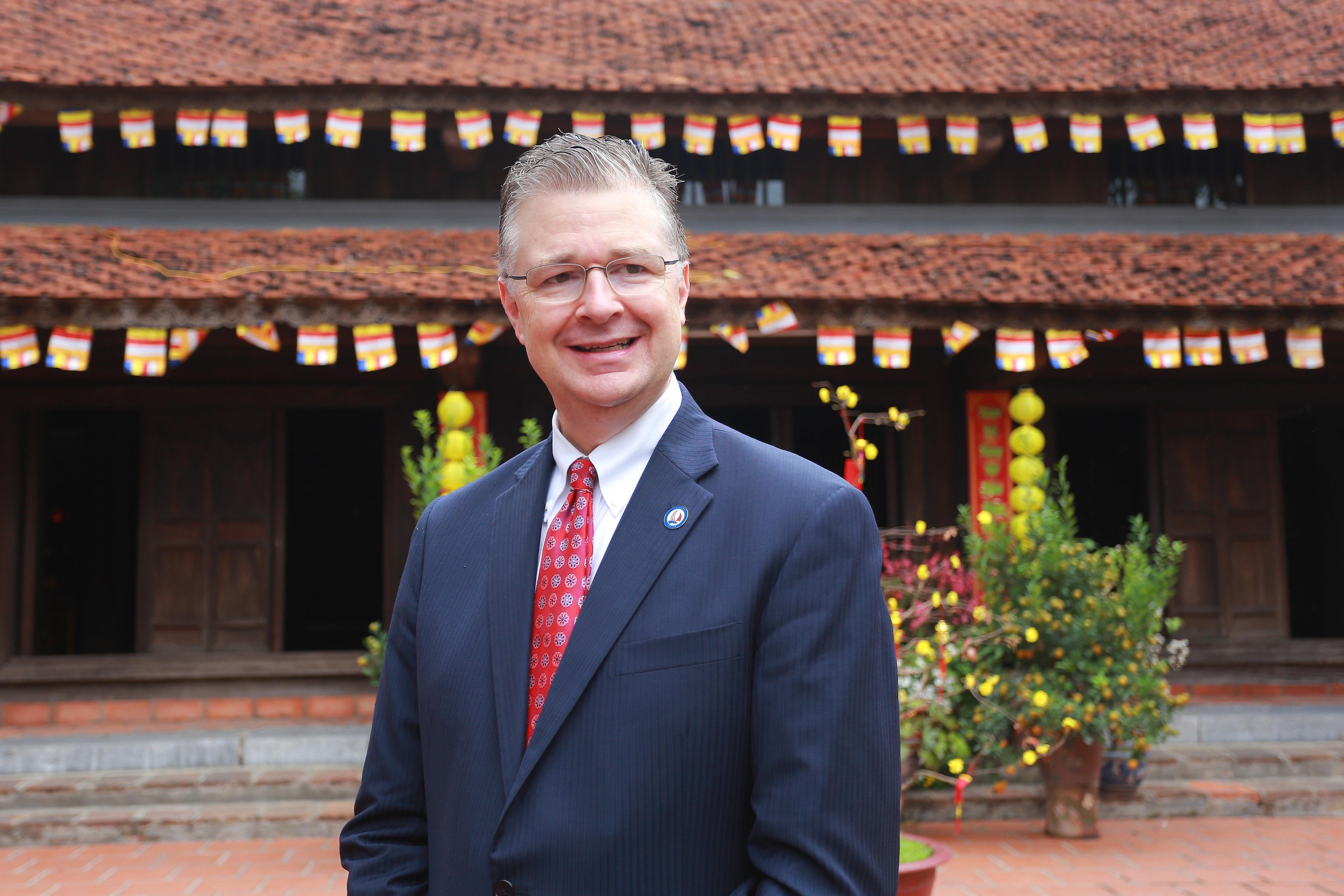 Đại sứ Mỹ thả cá chép, chúc mừng năm mới bằng tiếng Việt - 21