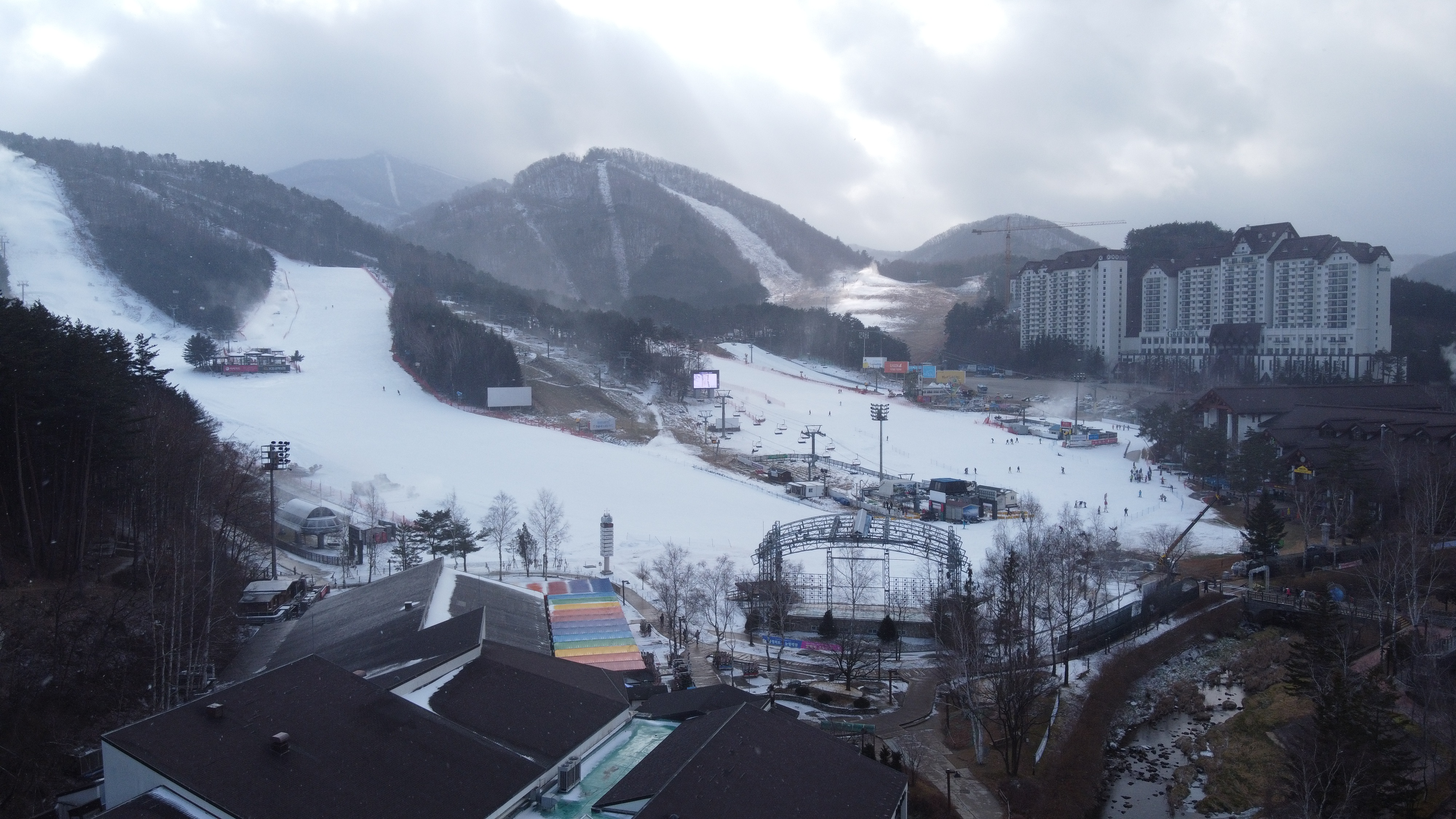 Tết này, trải nghiệm trượt tuyết? - 5