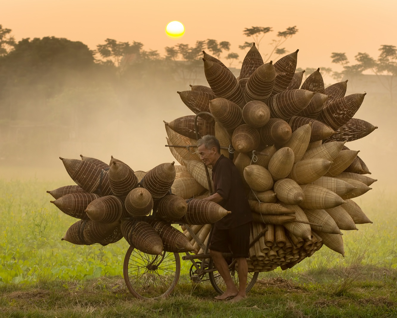 Nhiếp ảnh gia Trần Tuấn Việt: Người mang sứ mệnh đưa hình ảnh Việt Nam đến với thế giới - 13