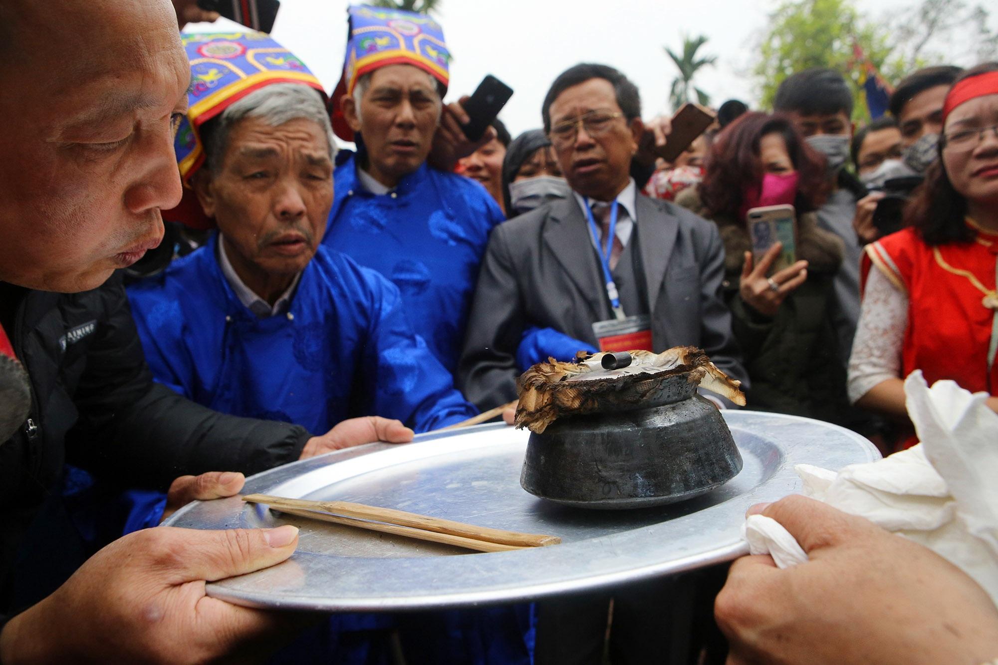 Hình ảnh đặc biệt trong lễ thổi cơm cổ xưa ít phút trước lệnh cấm vì virus corona - 12