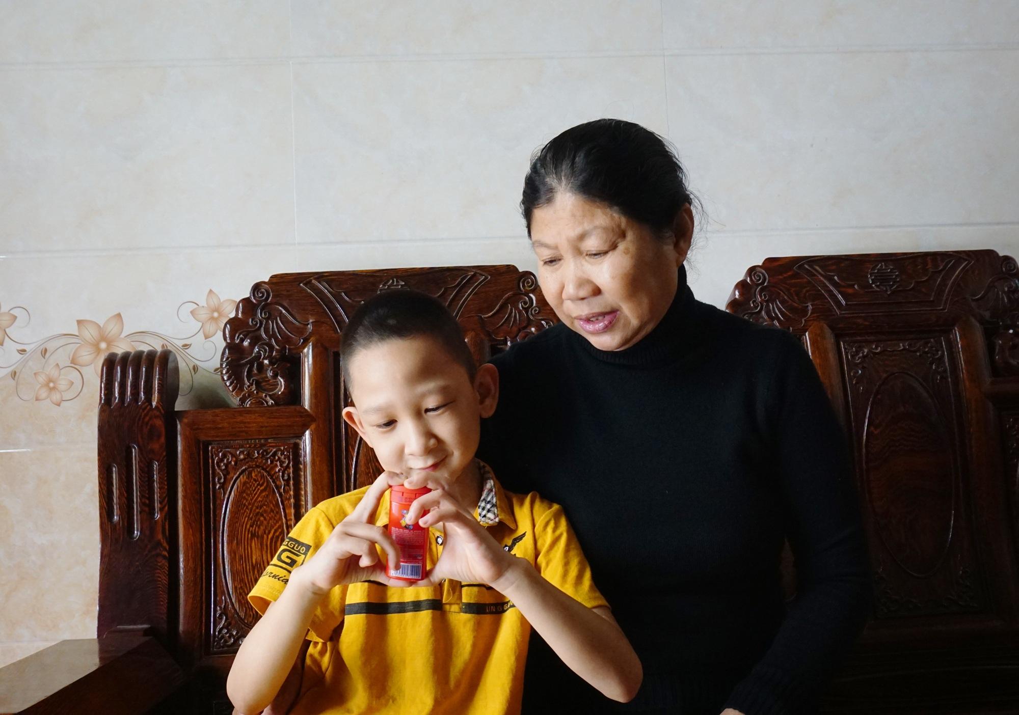 Hành trình hồi sinh đầy gian nan của cậu bé đa dị tật 2 lần bị bỏ rơi - 4