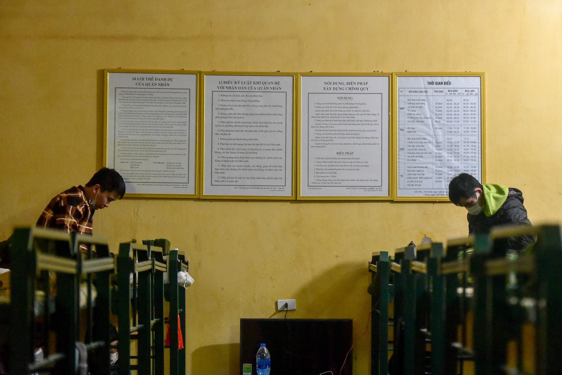 Bên trong khu cách ly 260 công dân Việt Nam tại doanh trại quân đội - 1