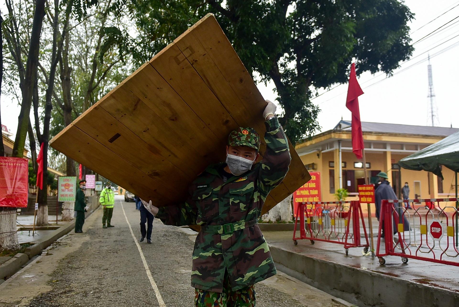 Bên trong khu cách ly 260 công dân Việt Nam tại doanh trại quân đội - 2