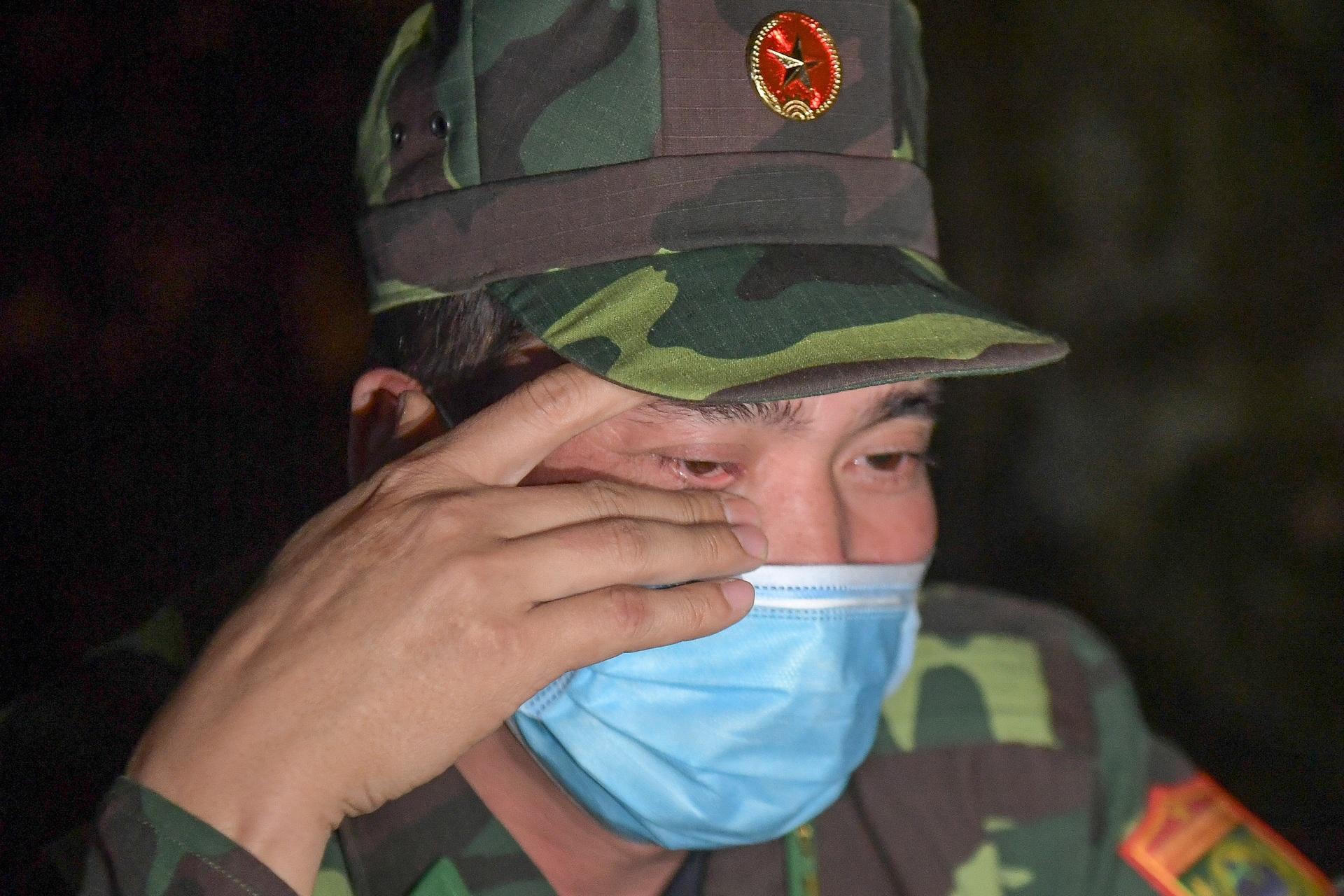 Những chiến sĩ đắp đá làm giường, ròng rã nơi biên giới chống dịch corona - 21