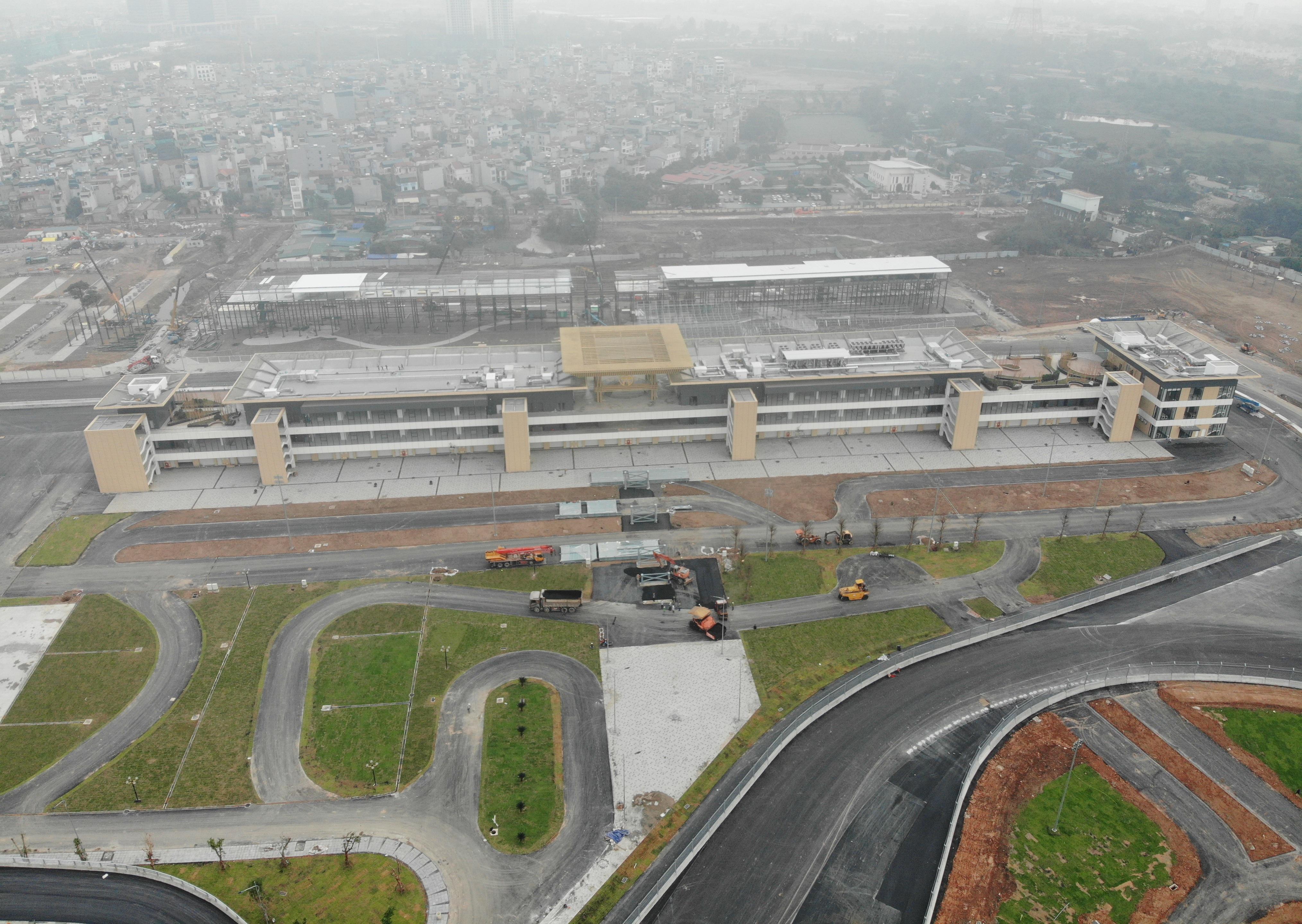 Đường đua F1 ở Hà Nội giờ ra sao khi sắp đến ngày khởi tranh? - 1