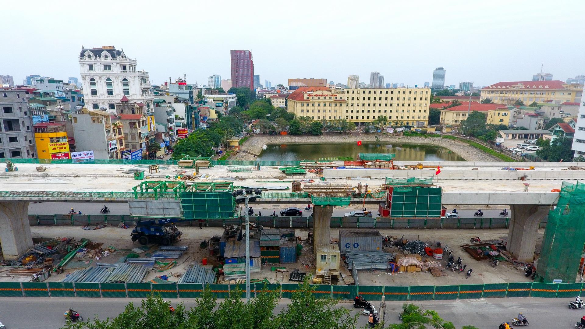 Đại công trường trên cao 9.400 tỷ xuyên đường cong mềm mại ở Hà Nội - 15