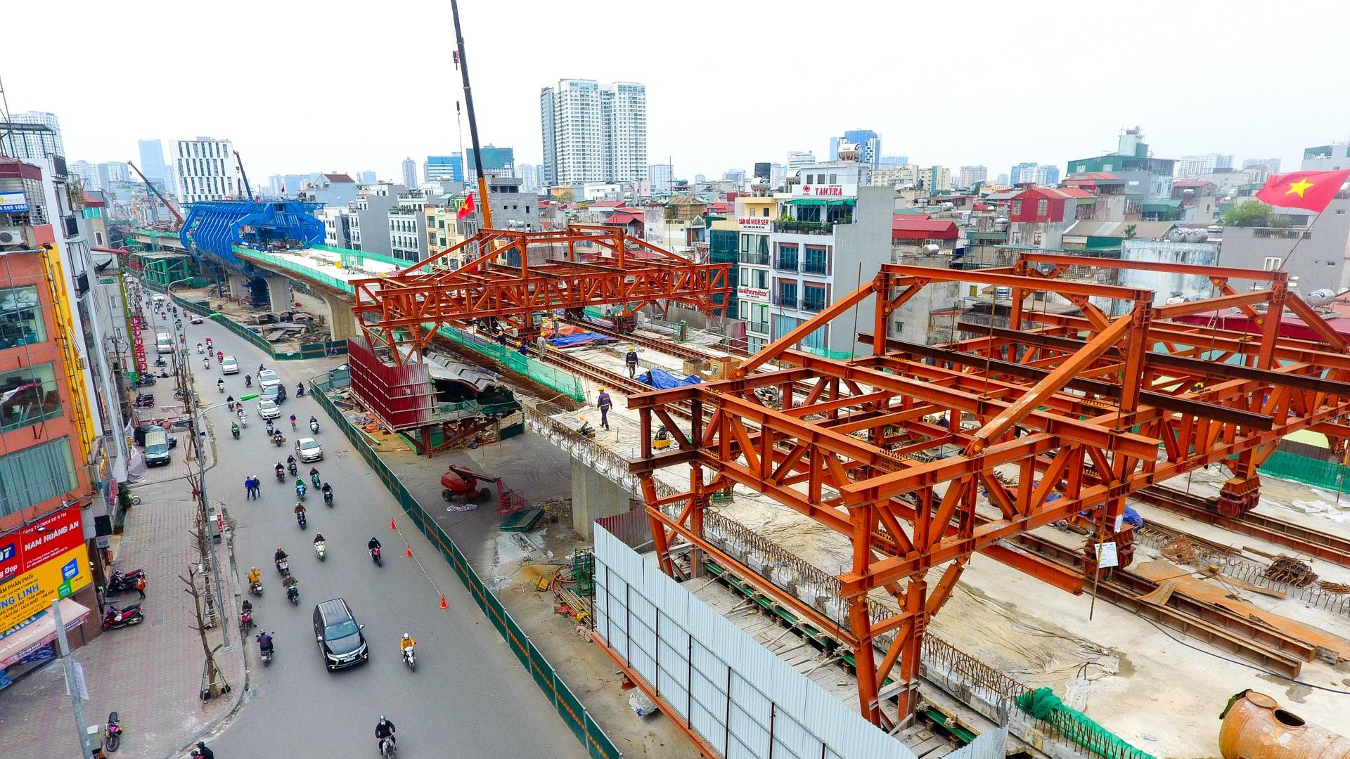 Đại công trường trên cao 9.400 tỷ xuyên đường cong mềm mại ở Hà Nội - 3