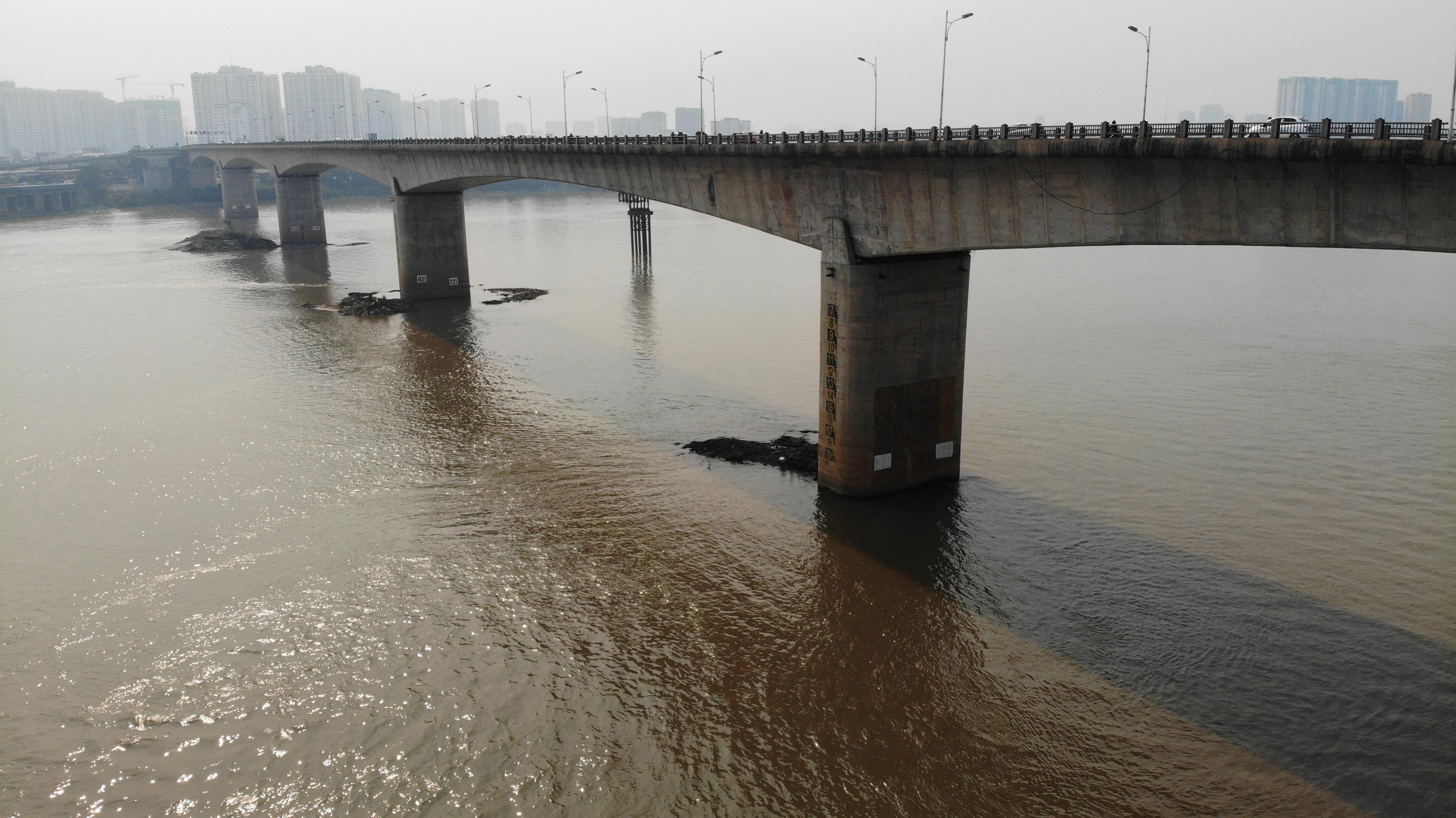 Toàn cảnh giao thông cầu Vĩnh Tuy trước khi xây cầu Vĩnh Tuy 2 - 8
