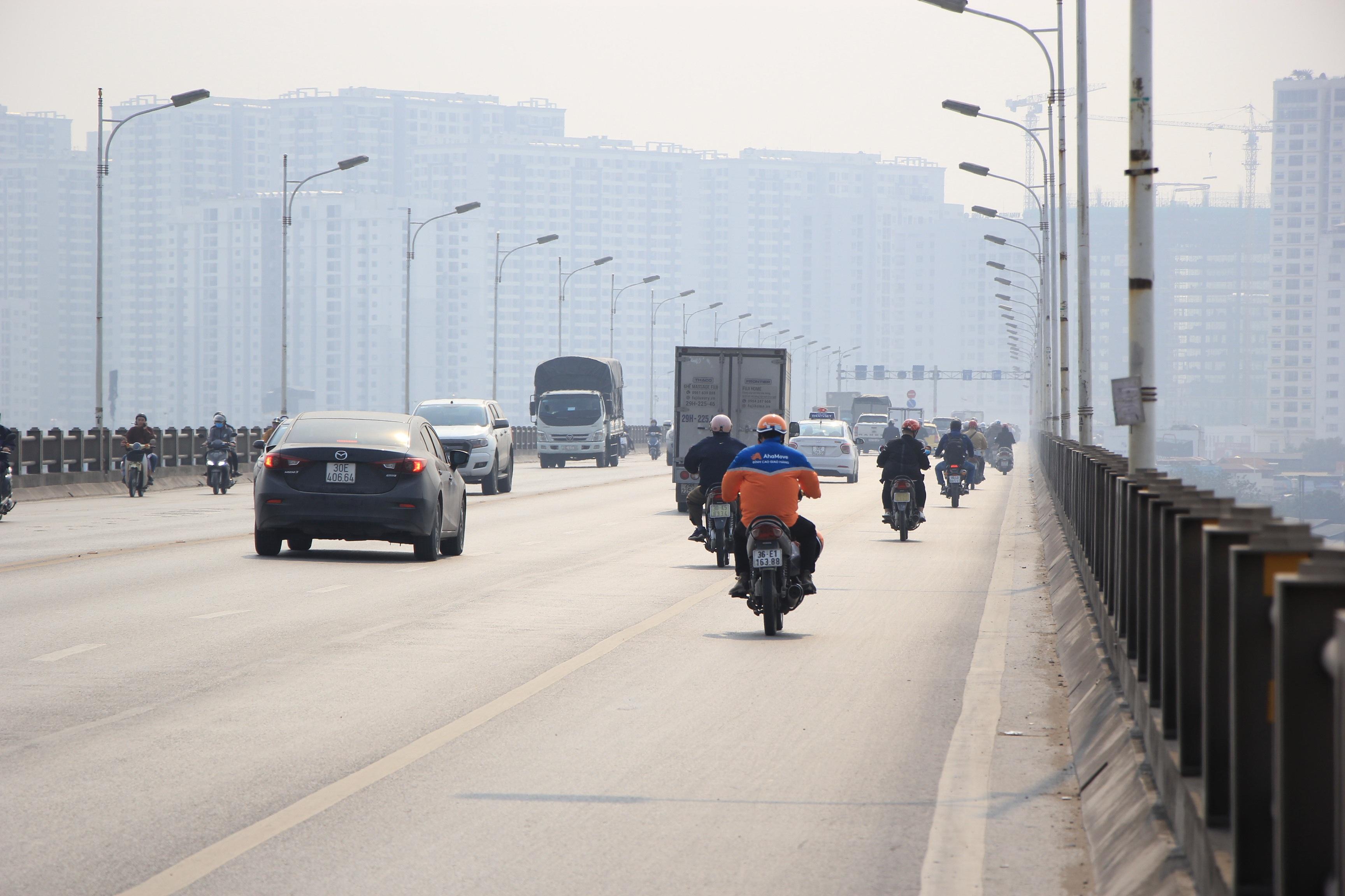 Toàn cảnh giao thông cầu Vĩnh Tuy trước khi xây cầu Vĩnh Tuy 2 - 5