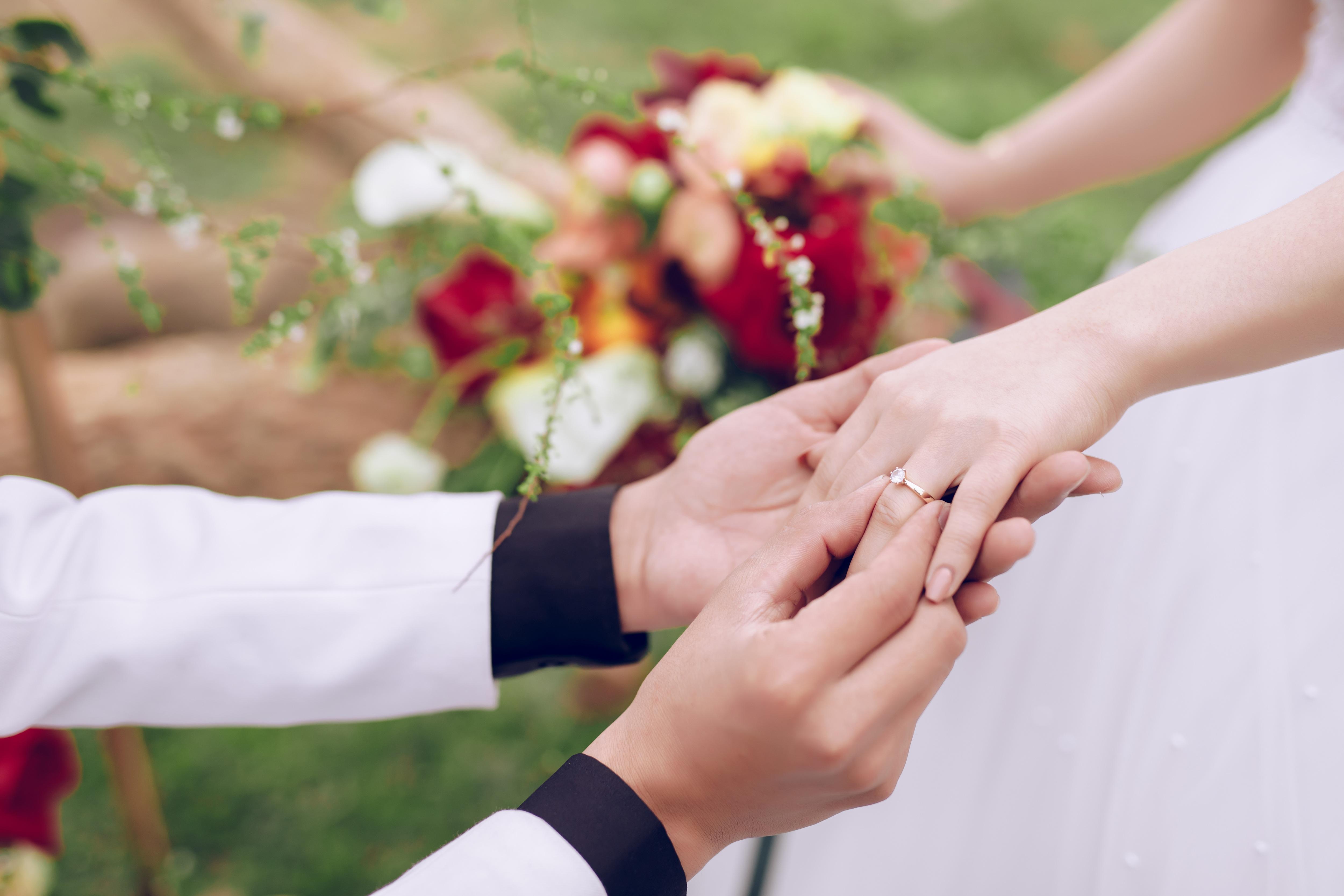 Tình yêu của vợ chồng lính chì dũng cảm: Hơn cả một câu chuyện tình - 10