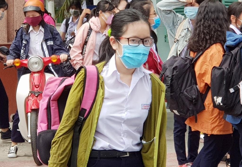 Khánh Hòa gần 1.700 học sinh THPT vắng học trong ngày học thứ 2
