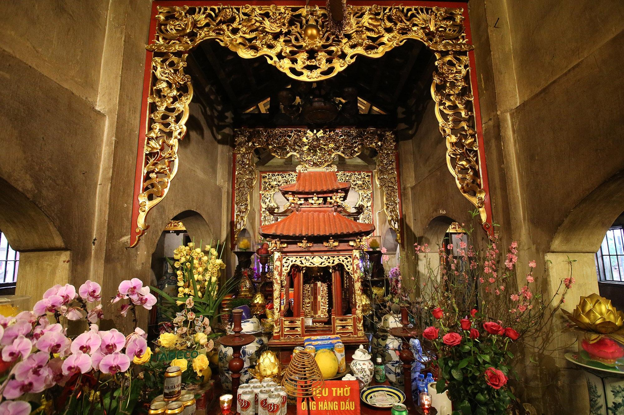 Bảo vật quốc gia: Tượng đôi sư tử đá và Khám thờ gỗ sơn son thếp vàng - 13