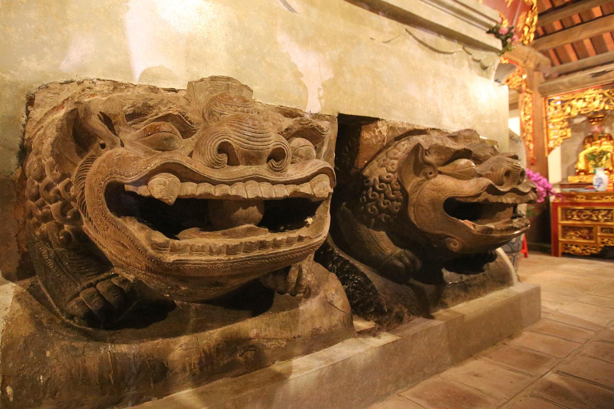 Bảo vật quốc gia: Tượng đôi sư tử đá và Khám thờ gỗ sơn son thếp vàng - 2