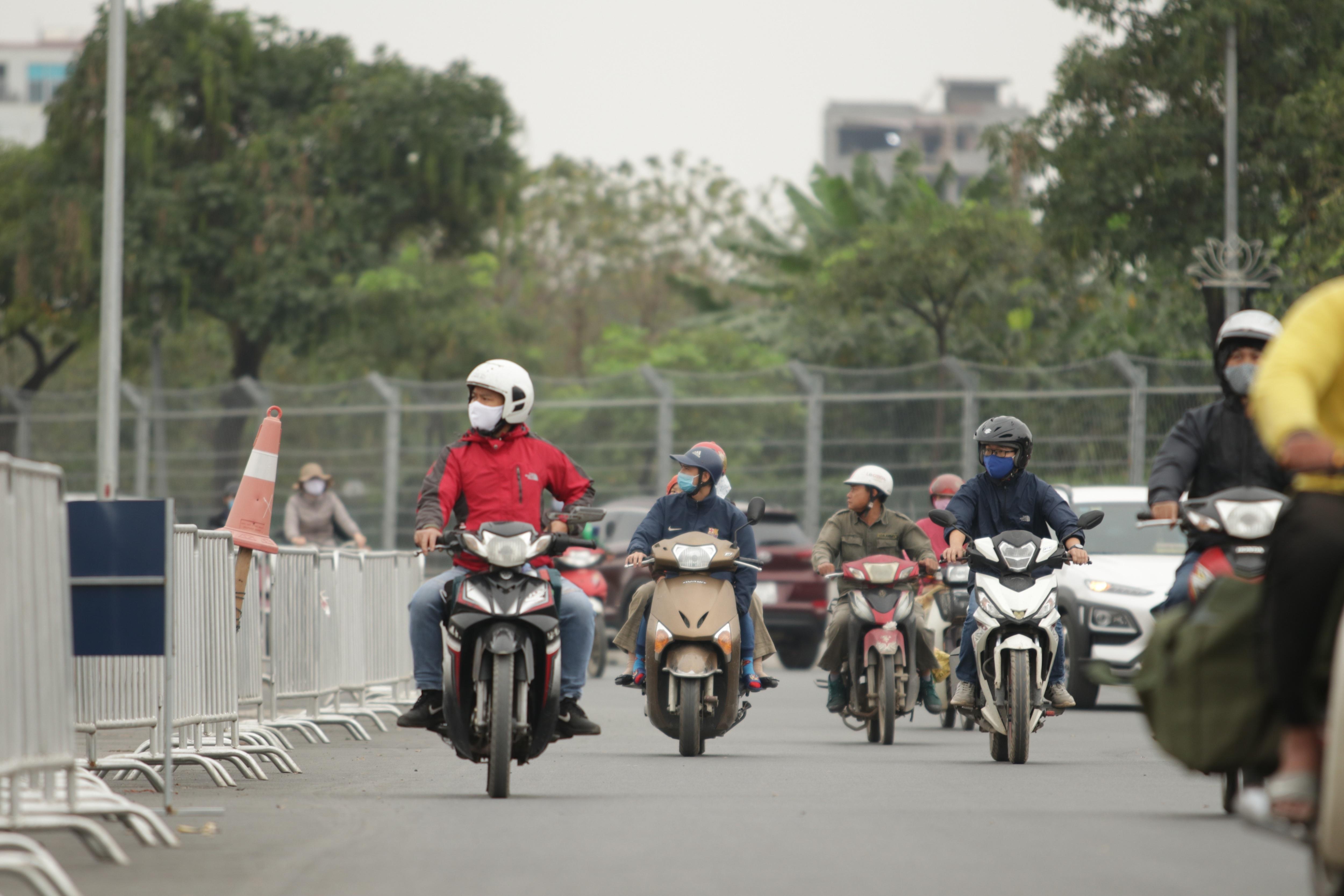 Hà Nội: Ngẩn ngơ nhìn đường đua F1 hoàn thành nhưng bị hoãn - 17