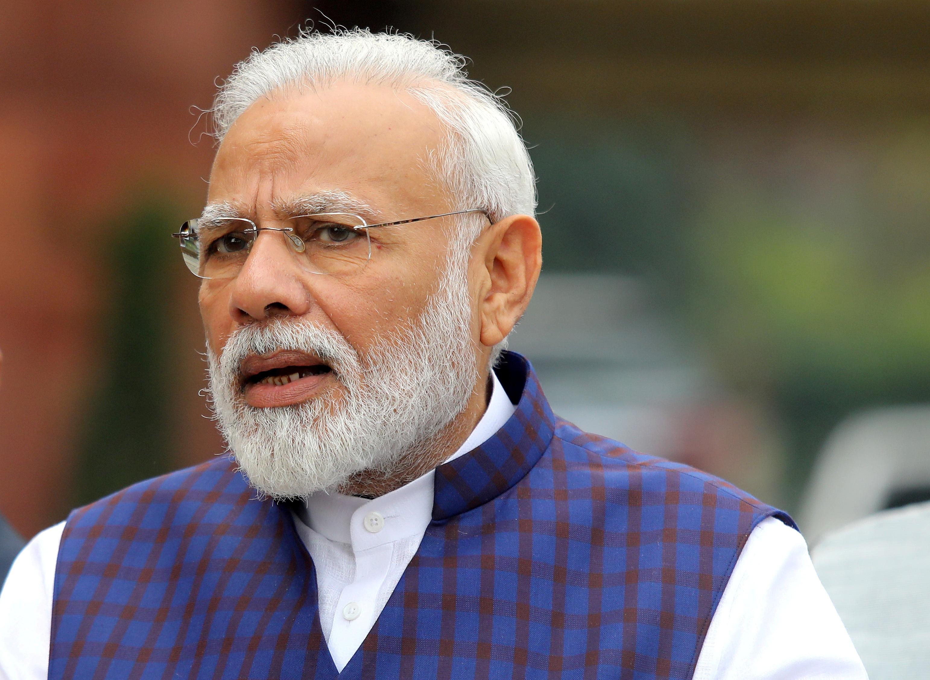 1,3 tỷ dân Ấn Độ bị phong tỏa để chống dịch Covid-19 - 1