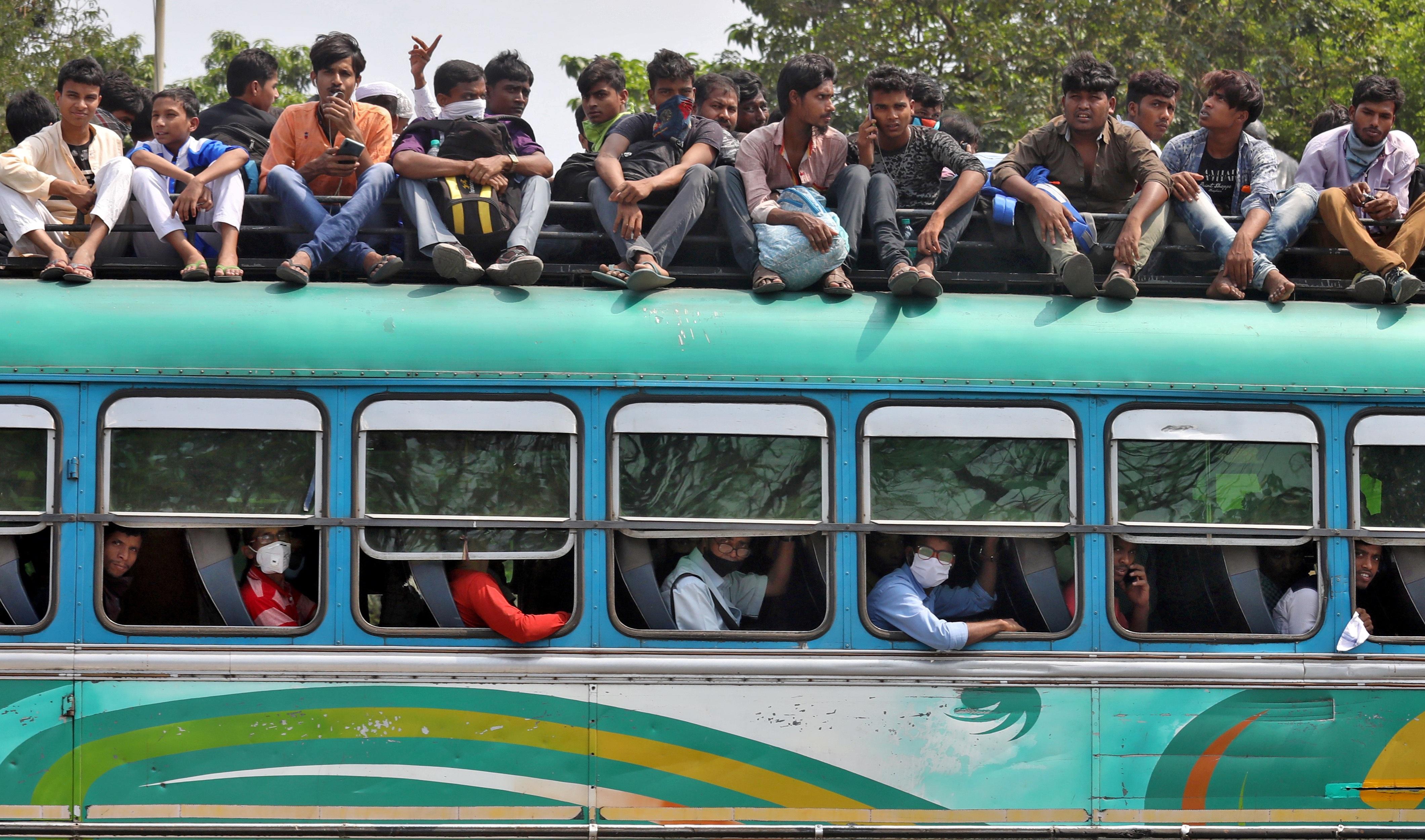 1,3 tỷ dân Ấn Độ bị phong tỏa để chống dịch Covid-19 - 4